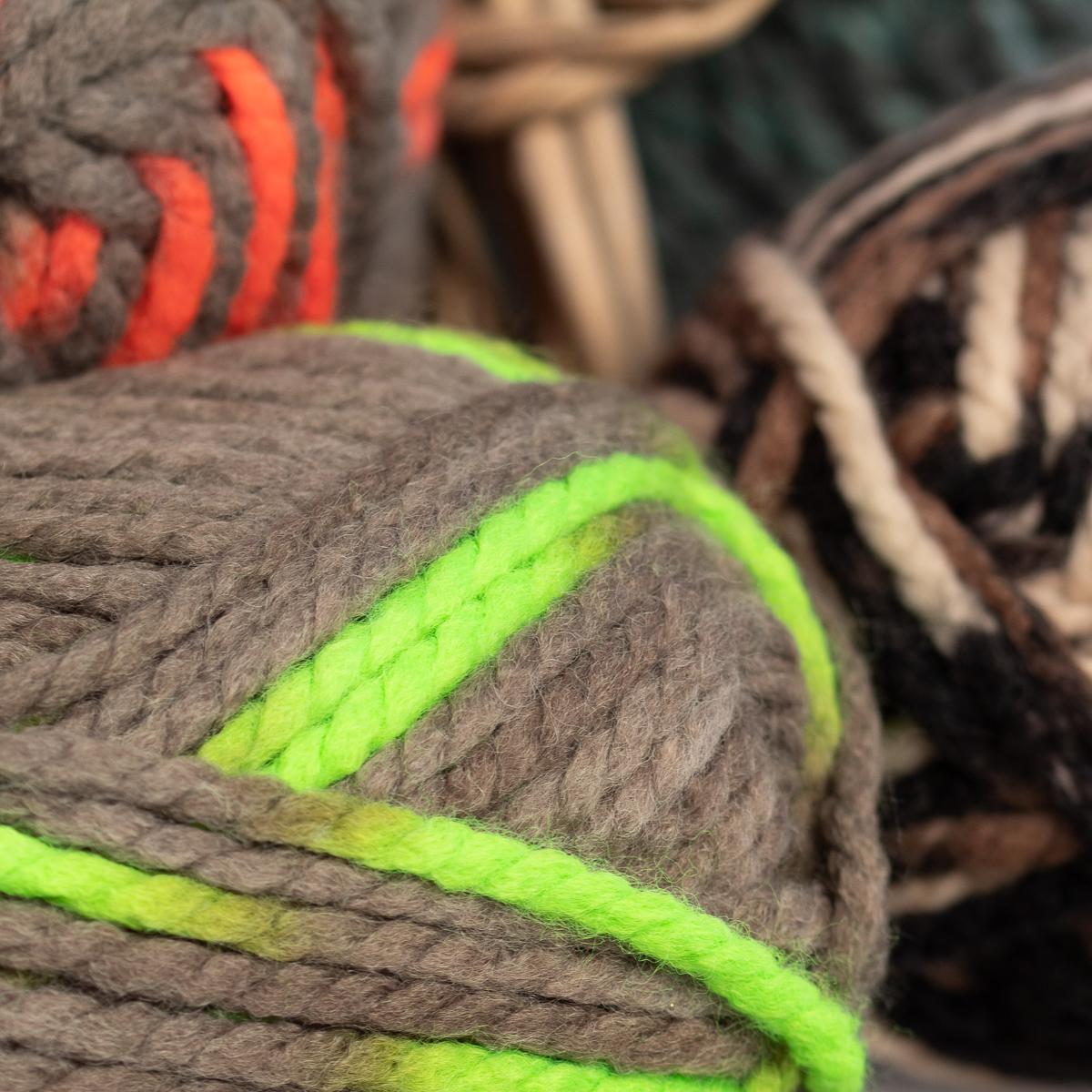 3pk-Lion-Brand-Wool-Ease-Thick-amp-Quick-Yarn-Super-Chunky-Knitting-Soft-Bulky-6 thumbnail 30
