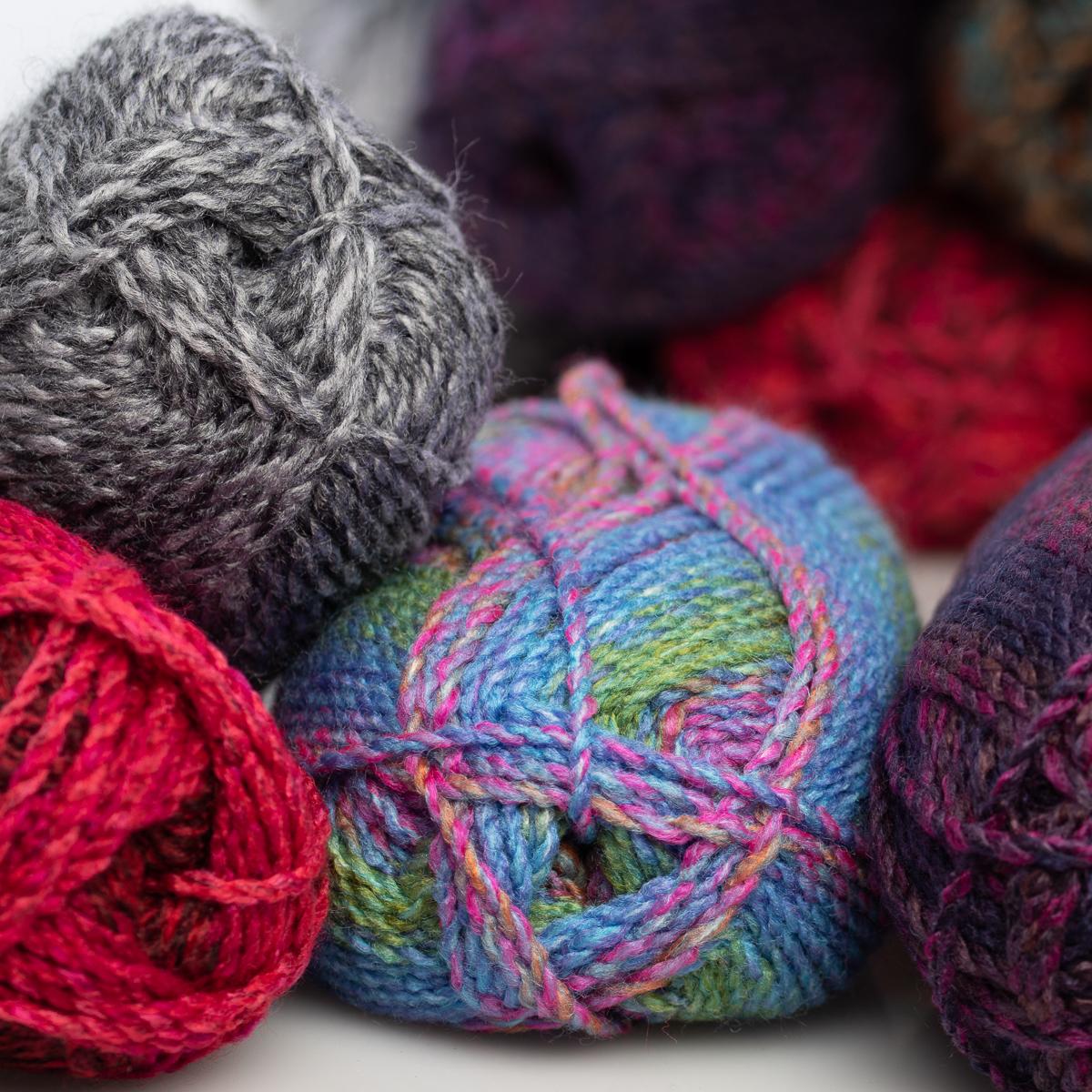 3pk-Lion-Brand-Yarn-100-Acrylic-Chunky-Yarn-Bulky-5-Soft-Knitting-Crocheting thumbnail 19