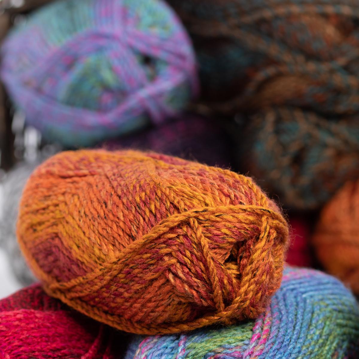 3pk-Lion-Brand-Yarn-100-Acrylic-Chunky-Yarn-Bulky-5-Soft-Knitting-Crocheting thumbnail 23