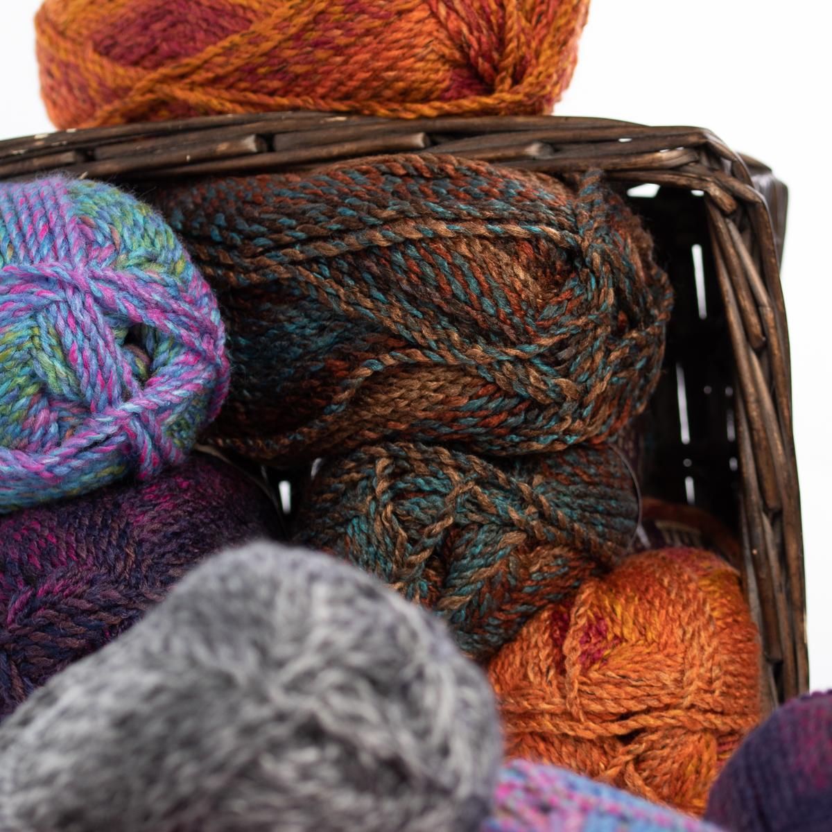 3pk-Lion-Brand-Yarn-100-Acrylic-Chunky-Yarn-Bulky-5-Soft-Knitting-Crocheting thumbnail 27