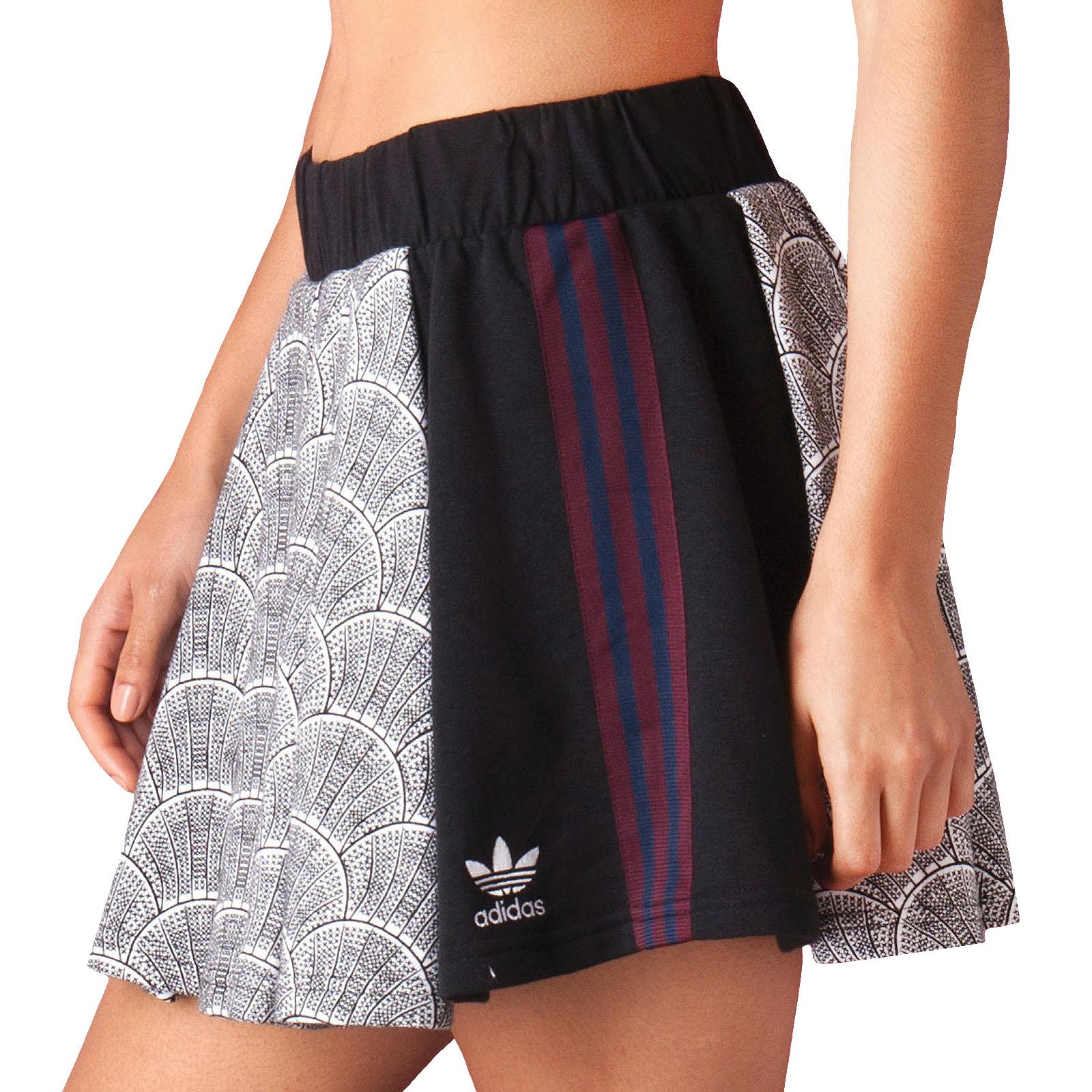 cb54acc68d Details about adidas Originals Womens Trefoil Logo Shell Tile Pleated  Fashion Skirt (B Grade)