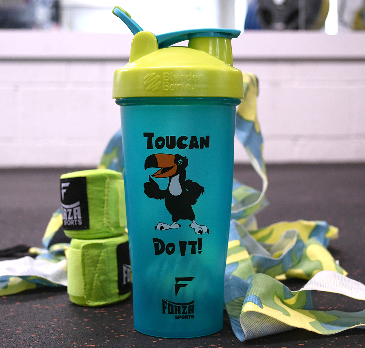 Blender-Bottle-x-Forza-Sports-Classic-28-oz-Shaker-Mixer-Cup-with-Loop-Top thumbnail 49