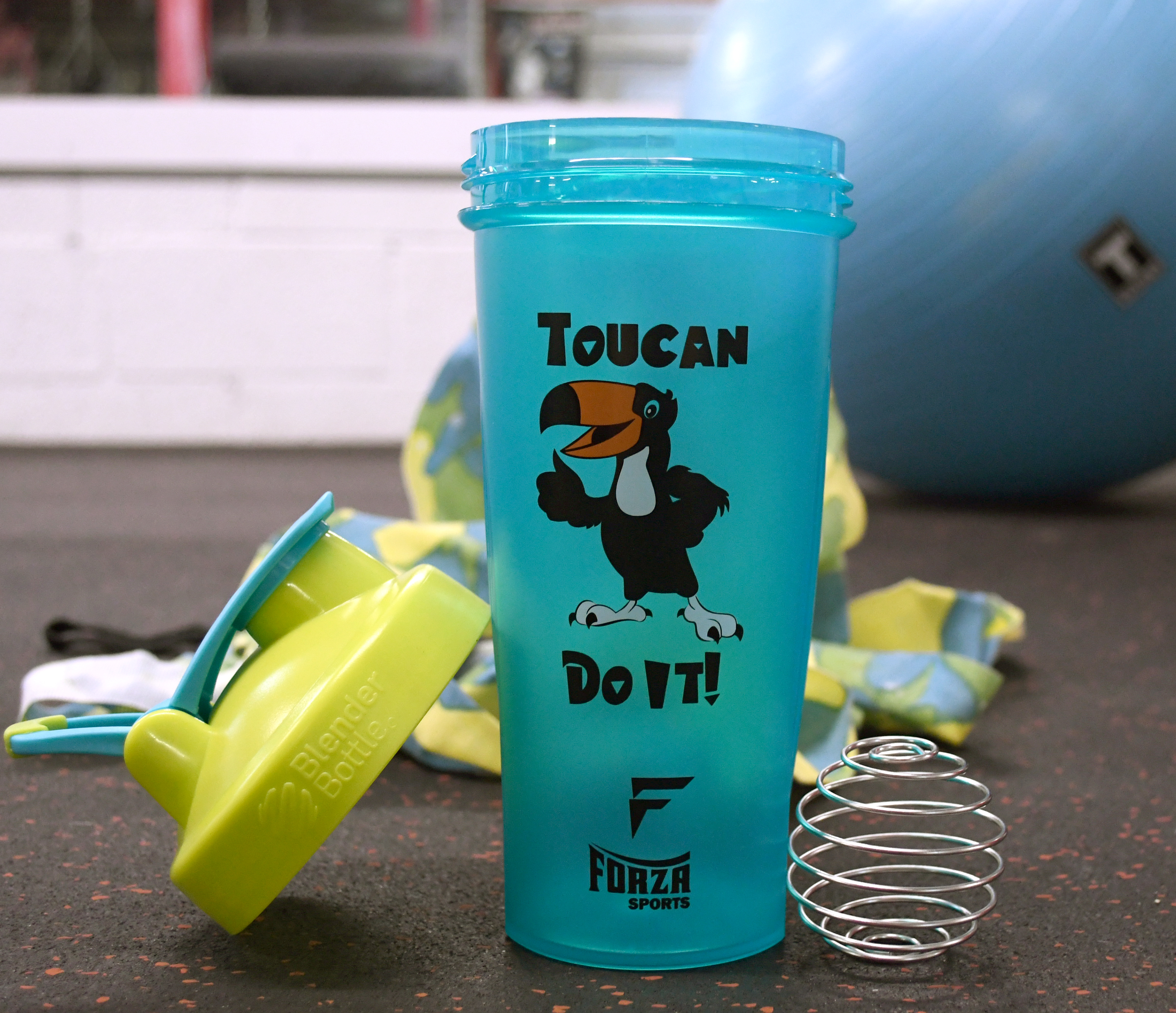 Blender-Bottle-x-Forza-Sports-Classic-28-oz-Shaker-Mixer-Cup-with-Loop-Top thumbnail 50