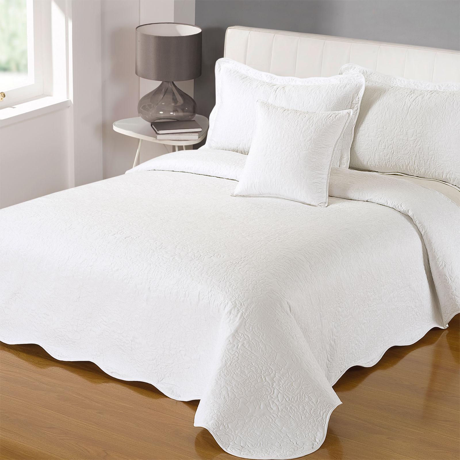 vintage et moderne matelass couvre lit motif r versible 200 x 200 cm ebay. Black Bedroom Furniture Sets. Home Design Ideas