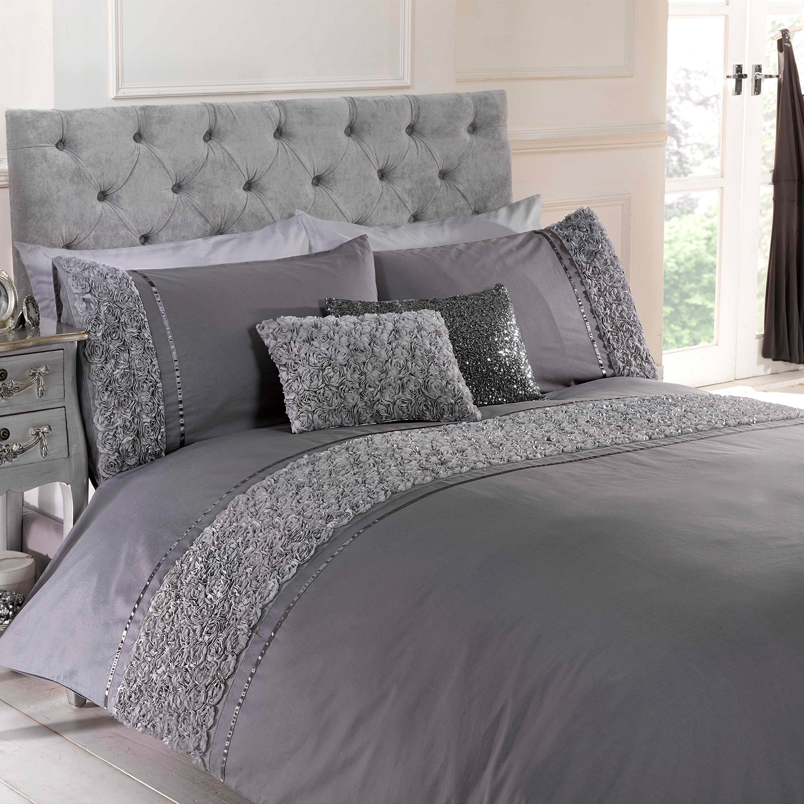 Modern quilt bedding - Rose Floral Ruffle Duvet Quilt Cover Vintage Chic