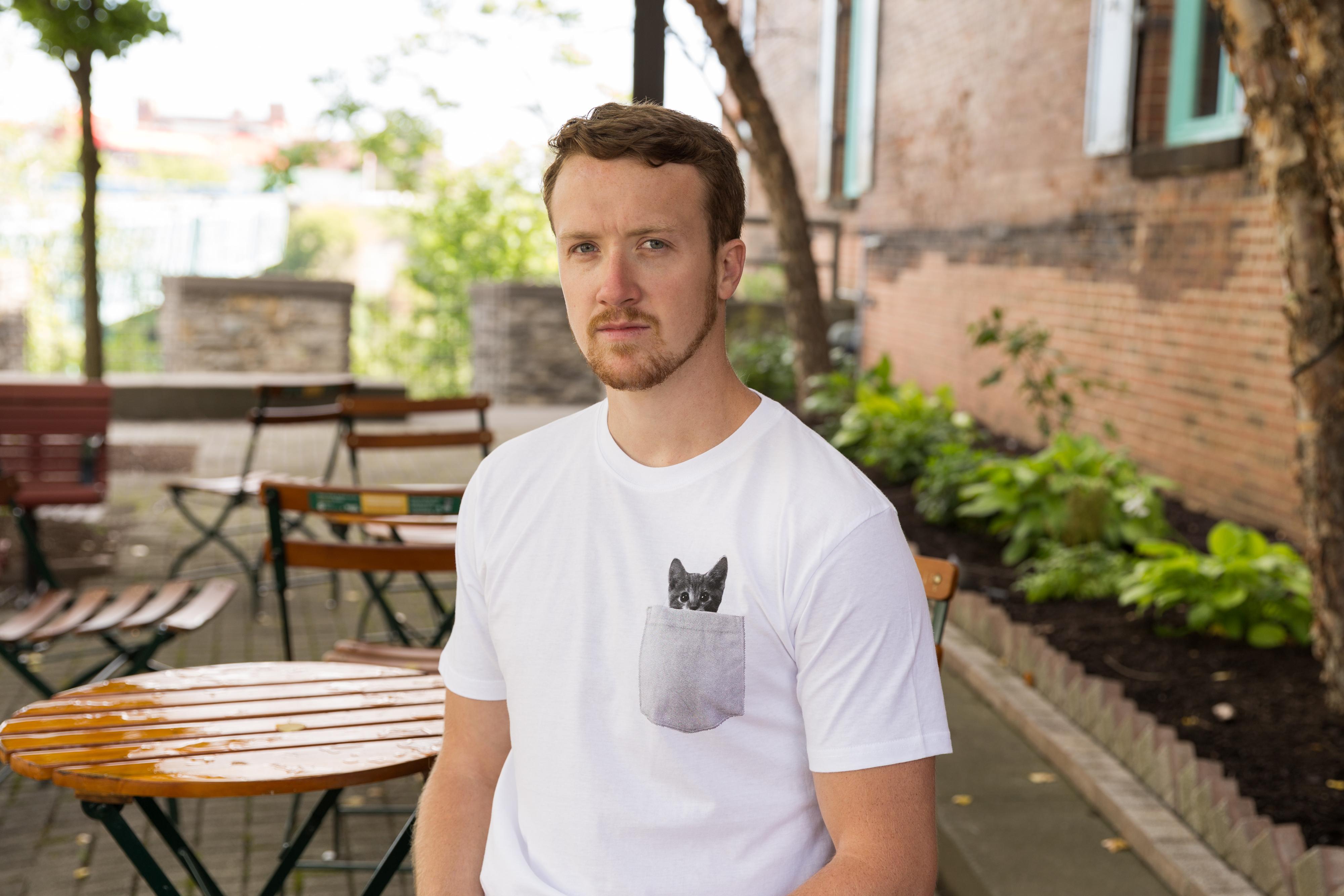 90e540ae2ee8 Mens Pocket Cat T Shirt Funny Printed Peeking Pet Kitten Animal Tee ...