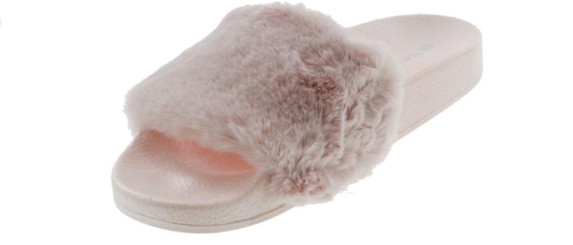 97663c61f8b Top Moda Pillow-1 Women s Faux Marabou Fur Slide Flip Flop Sandal