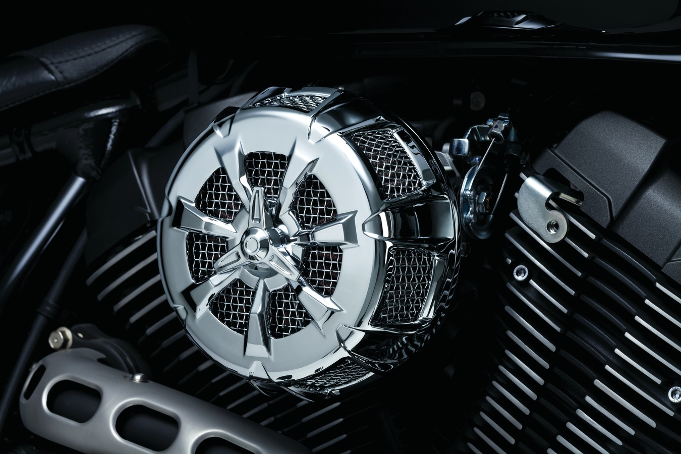 Kuryakyn 9439 Alley Cat Air Cleaner Cover Harley Touring Dyna Softail Chrome