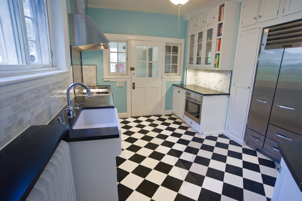 Black White Checkered Vinyl Floor Self Stick Tiles Adhesive Flooring 40 Pieces