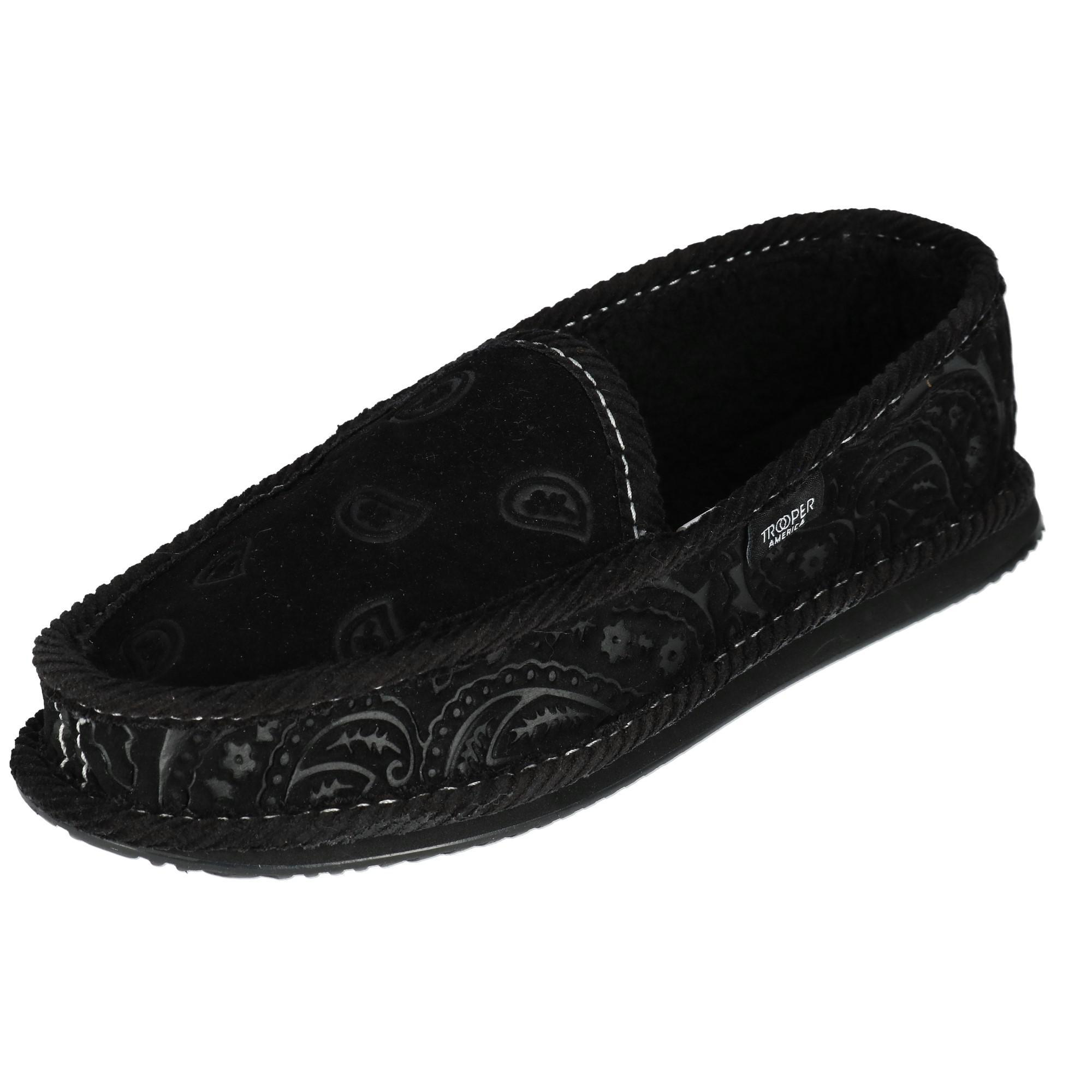 520647add2c3 Details about New Trooper America Men s Monotone Paisley Bandana Print  House Shoe Slippers