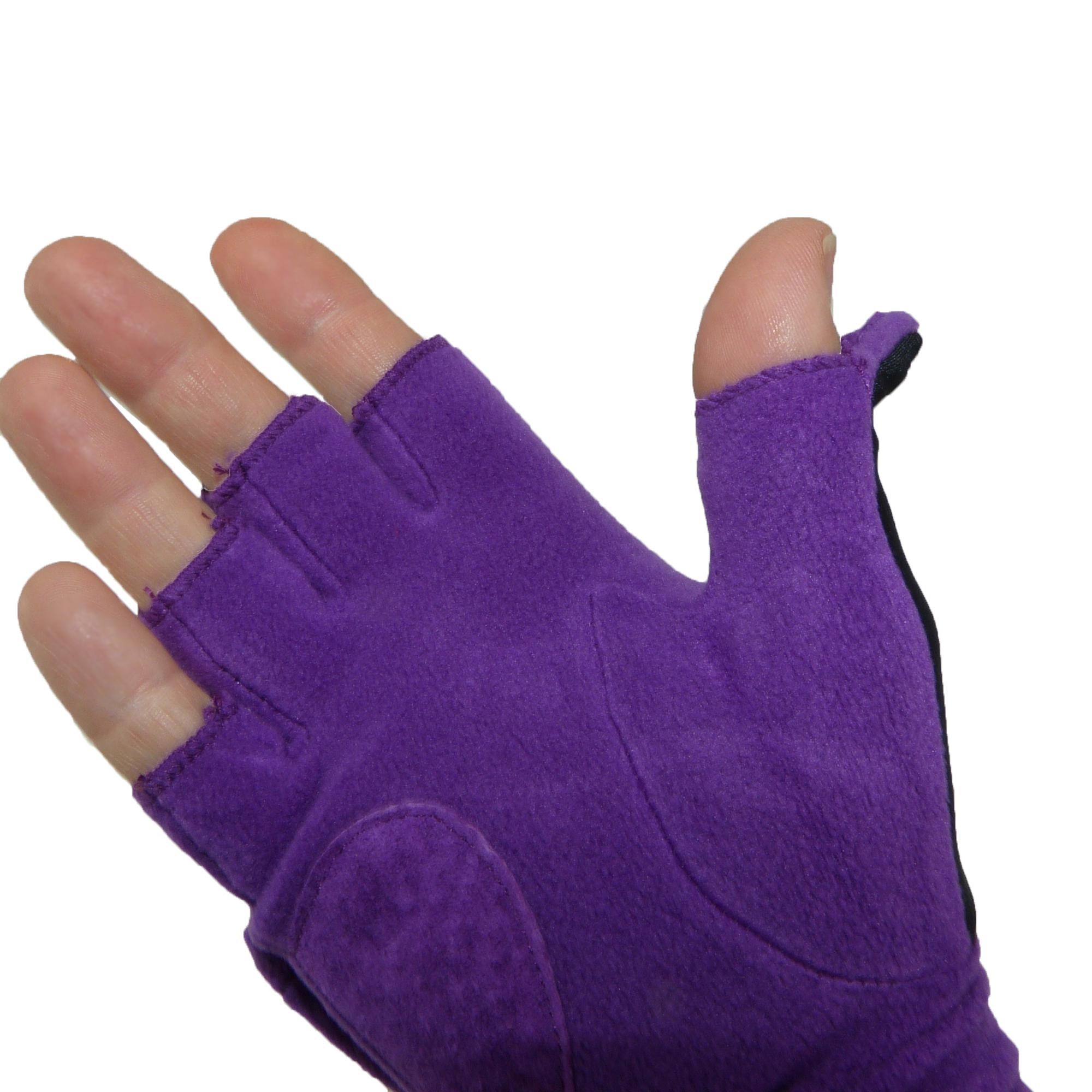 Isotoner womens leather gloves with fleece lining - Picture 27 Of 36 Picture 28 Of 36