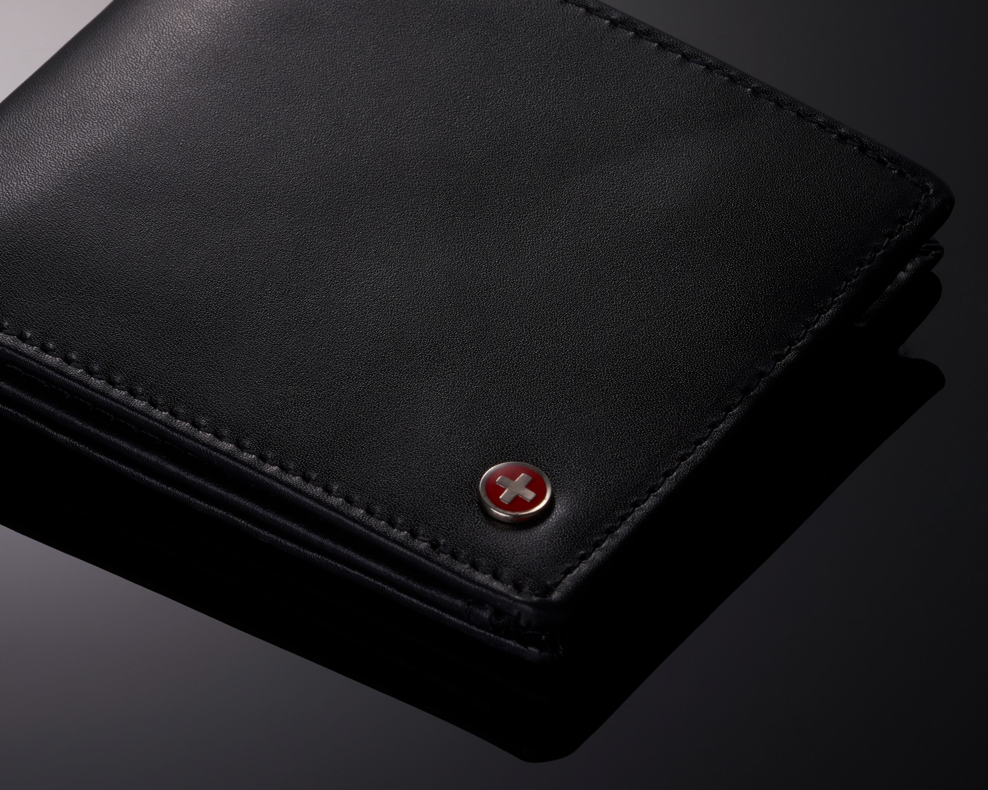 miniature 20 - Alpine-Swiss-RFID-Mens-Wallet-Deluxe-Capacity-Passcase-Bifold-Two-Bill-Sections
