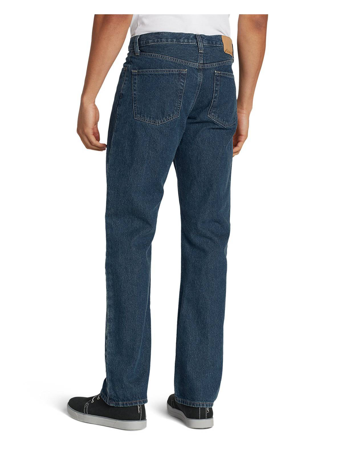 Eddie-Bauer-Men-039-s-Relaxed-Fit-Essential-Jeans thumbnail 3