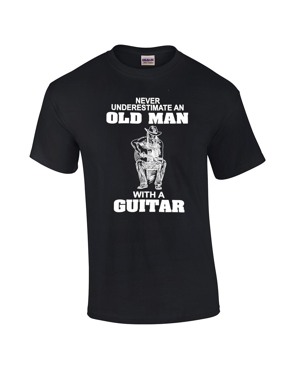 Gitarre T-Shirt Gitarrist Niemals Underestimate an Old Man Mit Herren Lustige