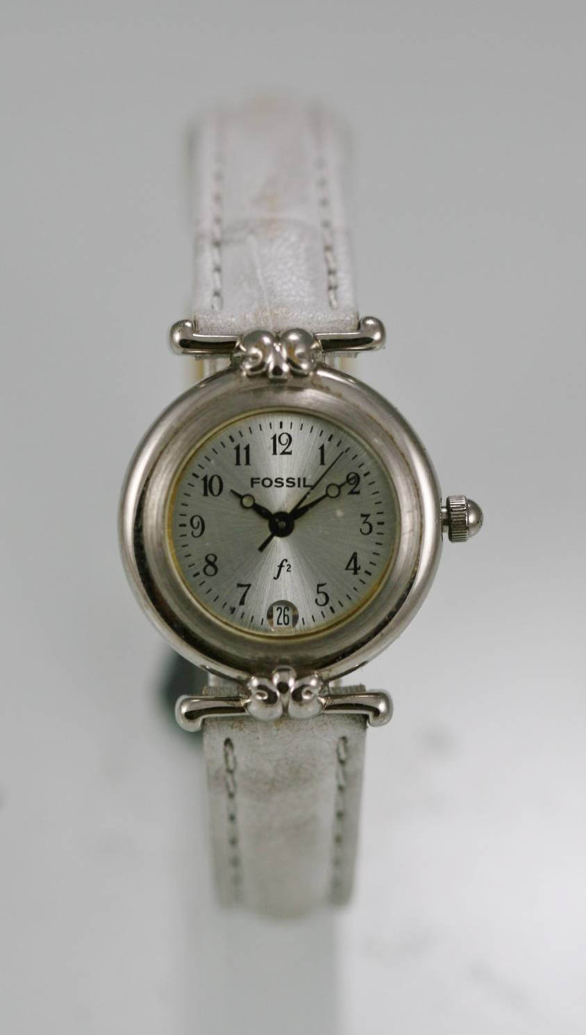 d7c04852b63 Details about Fossil Watch Women Date Stainless Silver White Leather Water  Resistant Quartz