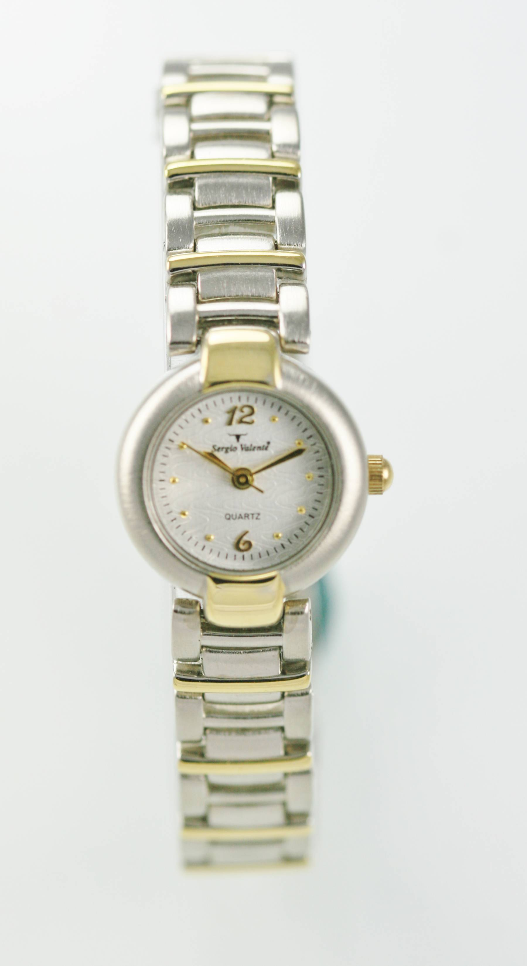 watches gold pin ikki daisy and watch silver