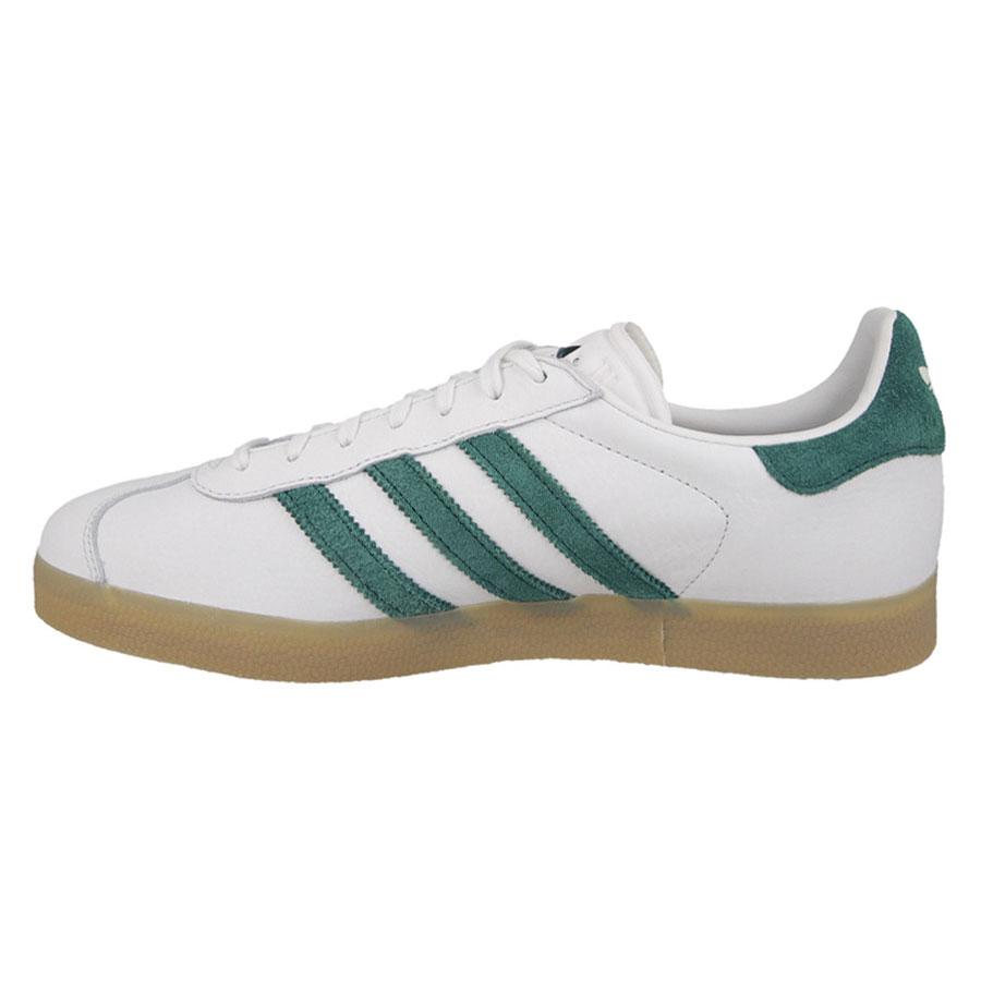 competitive price 207ed 748e8 adidas Originals Gazelle Mens Trainers Vintage White   Green (S76226 ...