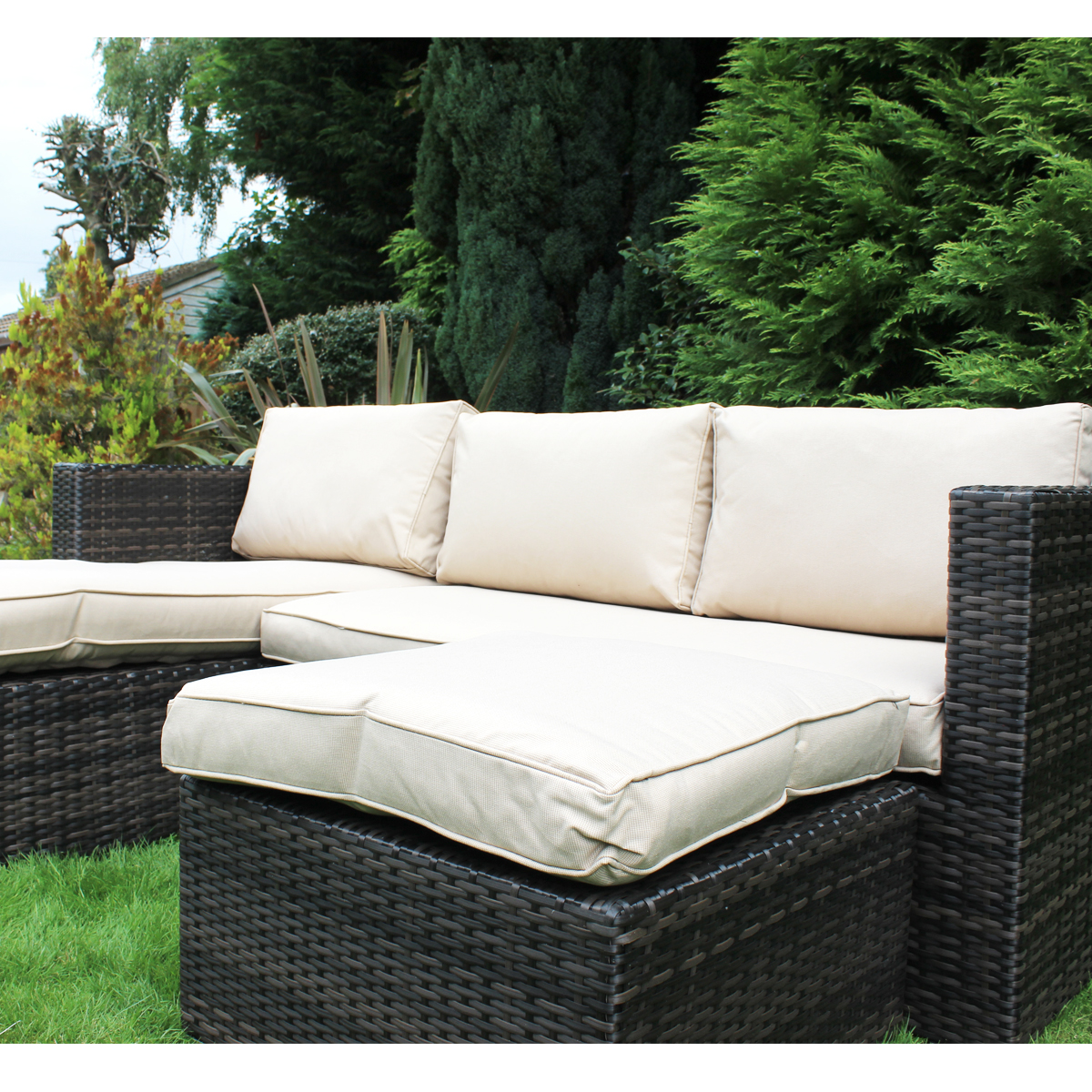 Charles Bentley Garden L-Shaped Rattan Corner Sofa Outdoor
