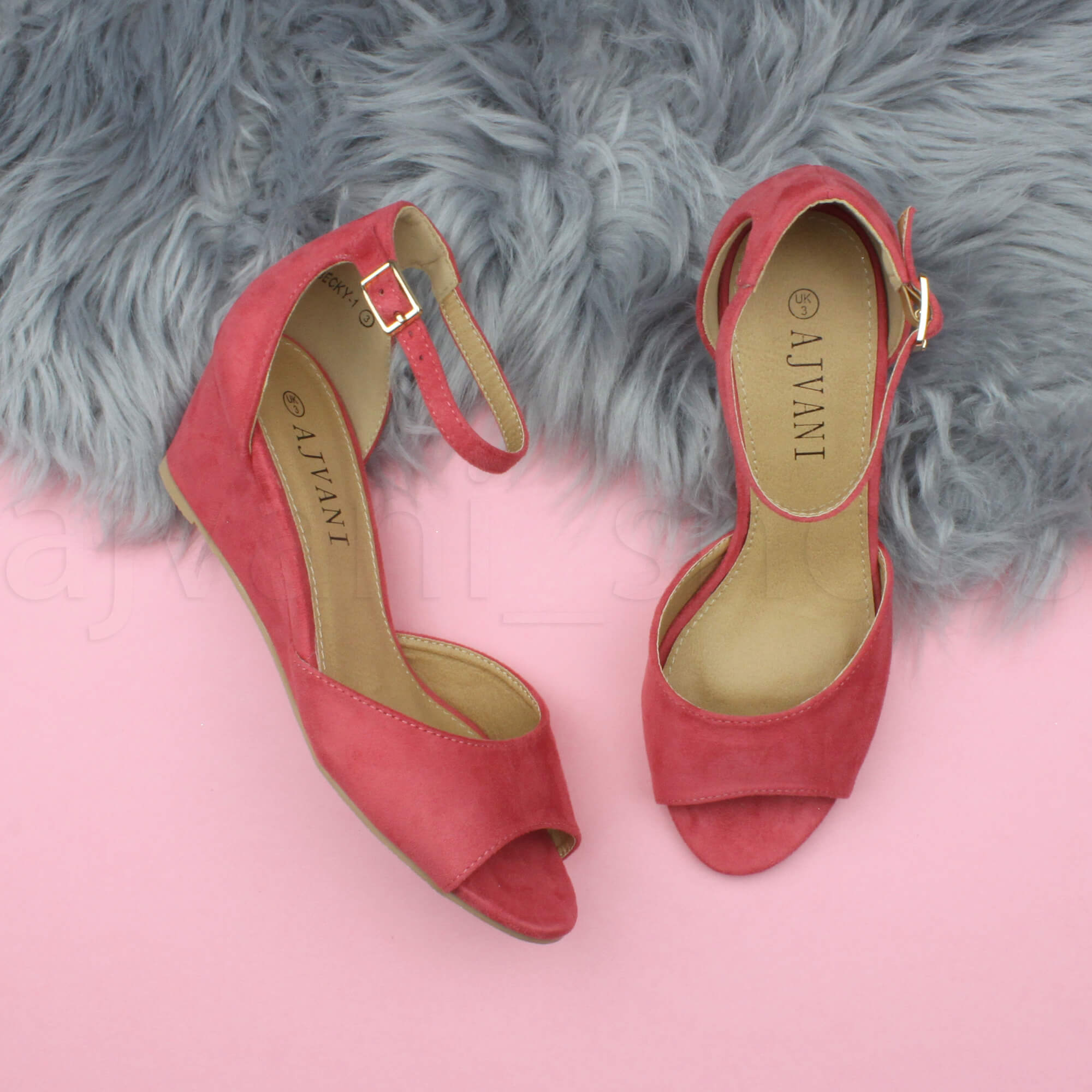 WOMENS-LADIES-LOW-MID-WEDGE-HEEL-ANKLE-STRAP-SMART-CASUAL-EVENING-SANDALS-SIZE thumbnail 37