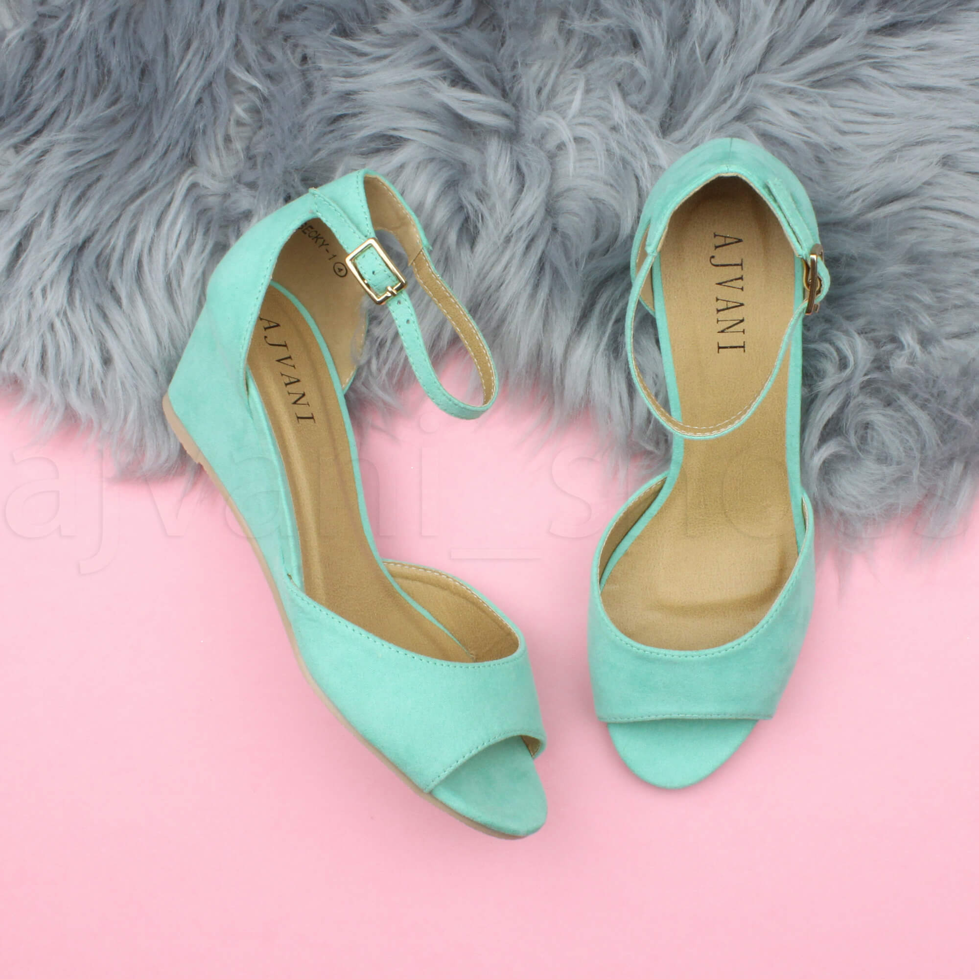 WOMENS-LADIES-LOW-MID-WEDGE-HEEL-ANKLE-STRAP-SMART-CASUAL-EVENING-SANDALS-SIZE thumbnail 77