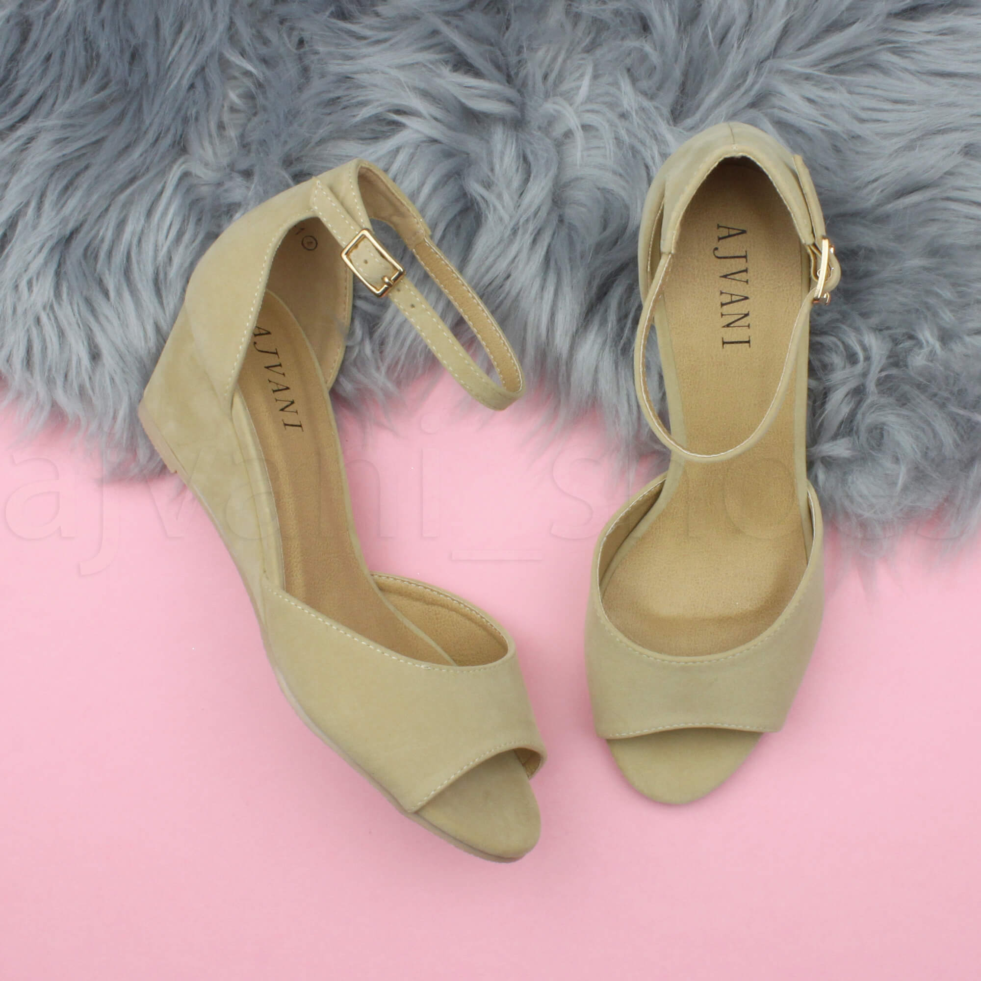 WOMENS-LADIES-LOW-MID-WEDGE-HEEL-ANKLE-STRAP-SMART-CASUAL-EVENING-SANDALS-SIZE thumbnail 109