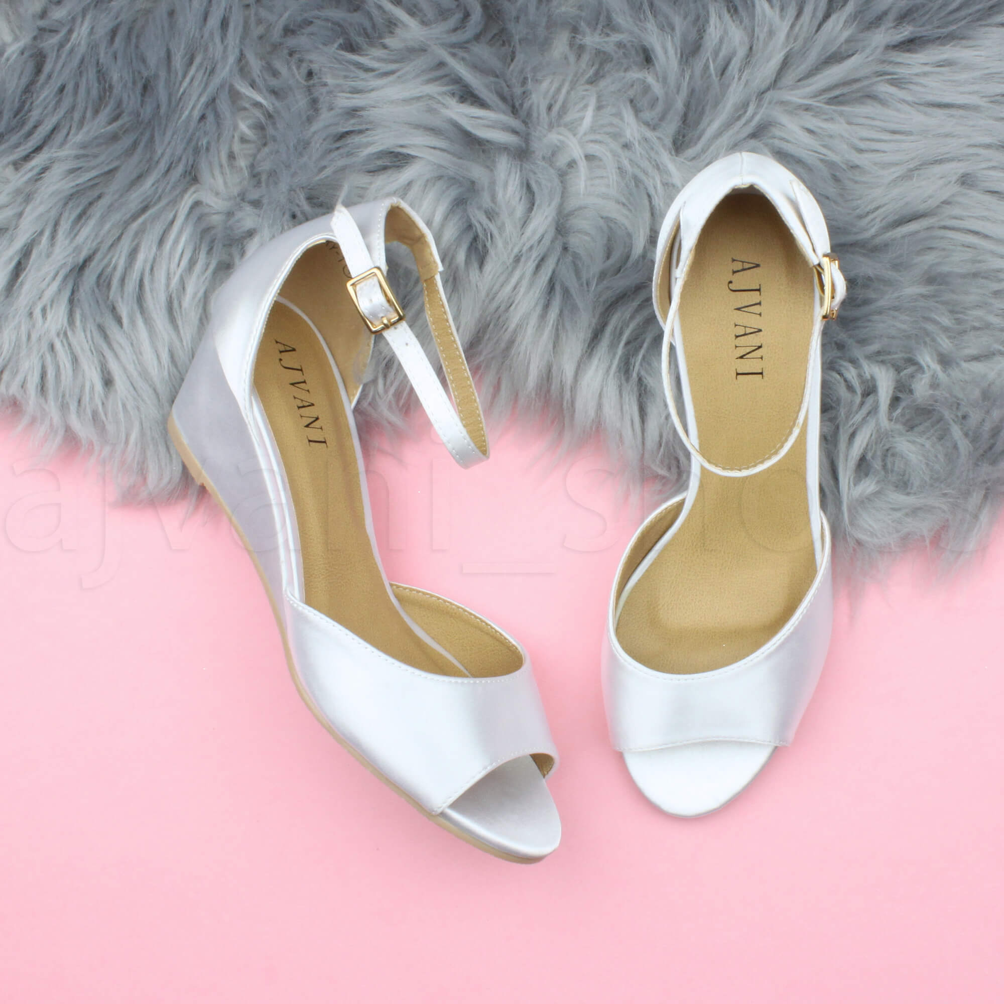 WOMENS-LADIES-LOW-MID-WEDGE-HEEL-ANKLE-STRAP-SMART-CASUAL-EVENING-SANDALS-SIZE thumbnail 173