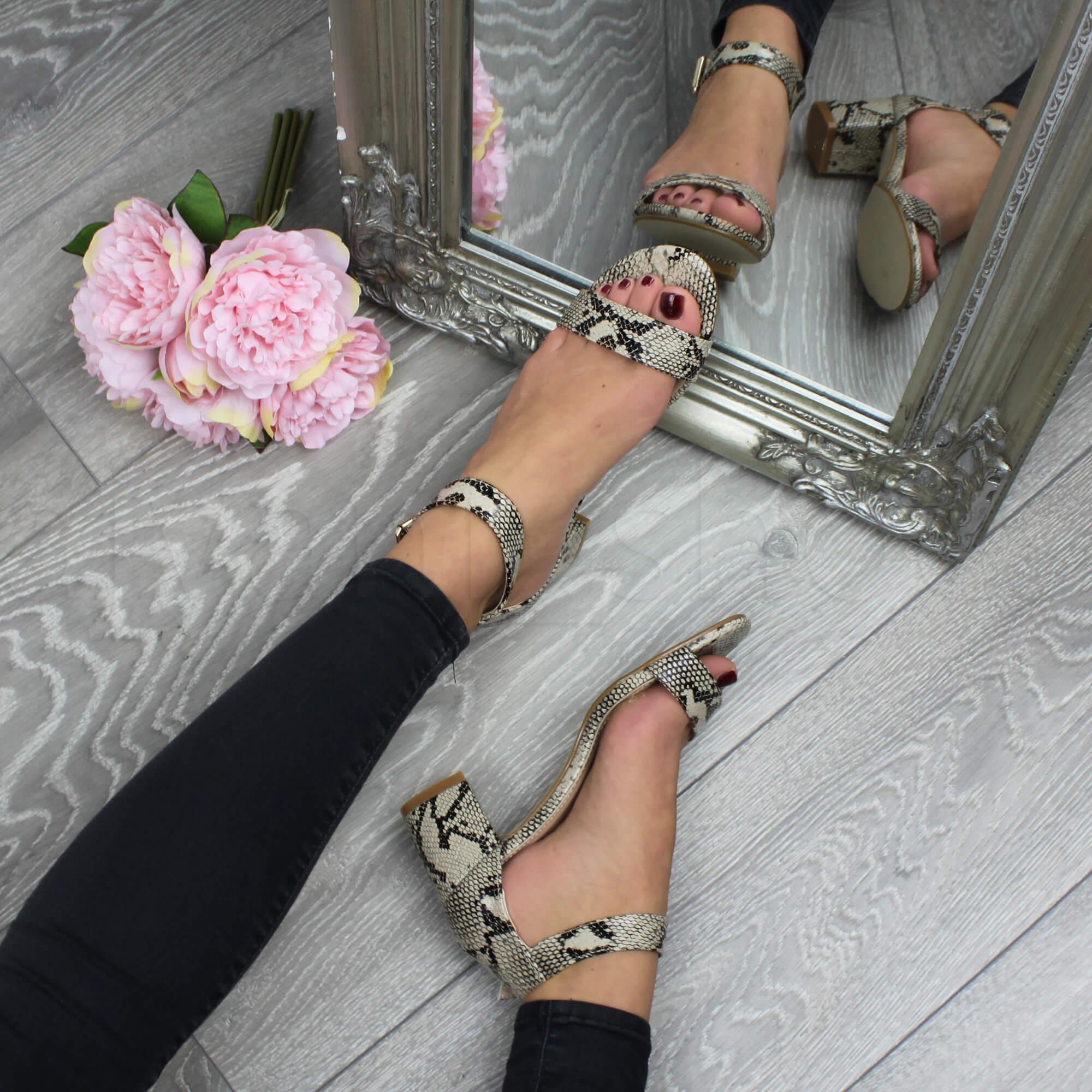 Donna-tacco-medio-fibbia-punta-aperta-caviglia-cinghietti-sandali-taglia miniatura 22