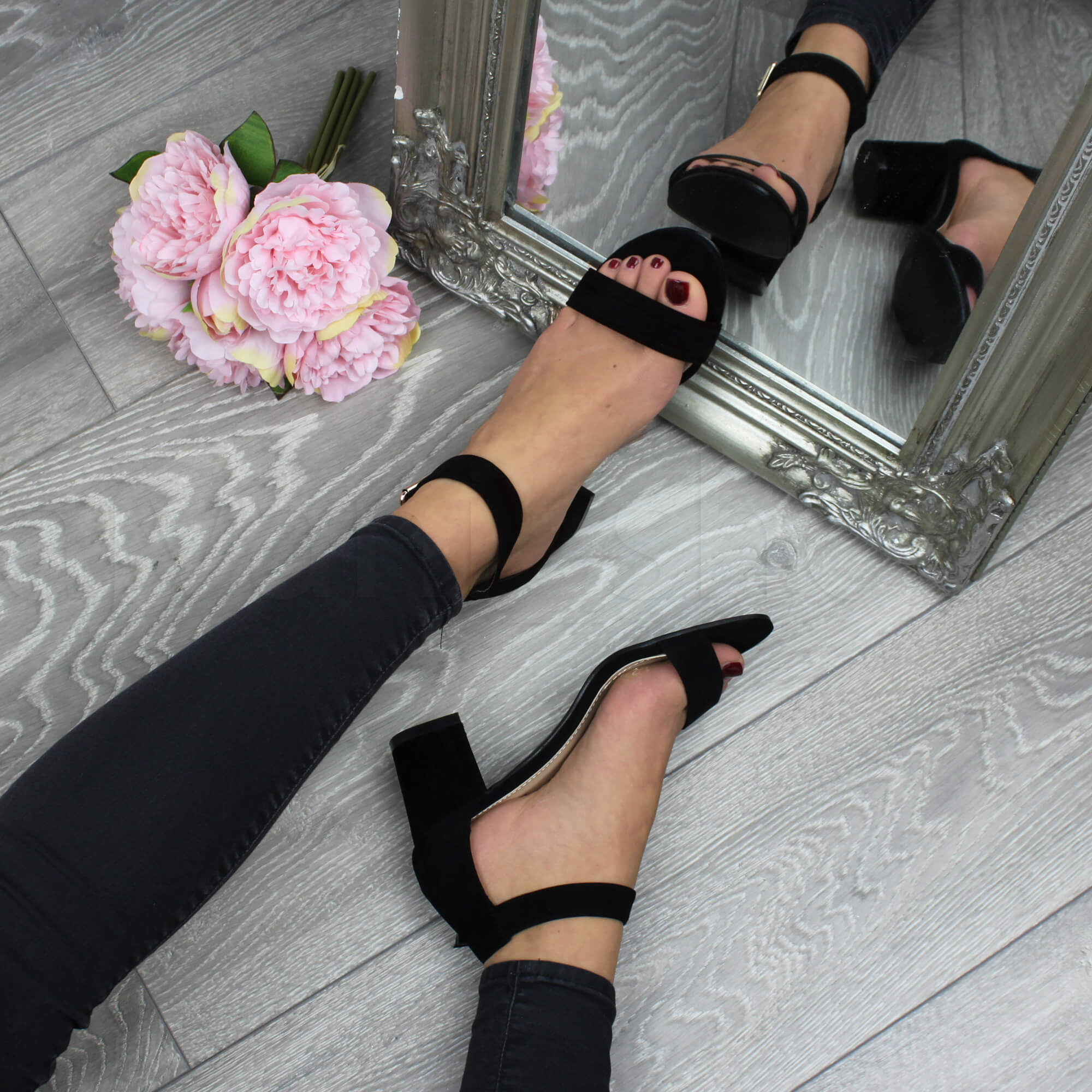 Donna-tacco-medio-fibbia-punta-aperta-caviglia-cinghietti-sandali-taglia miniatura 70