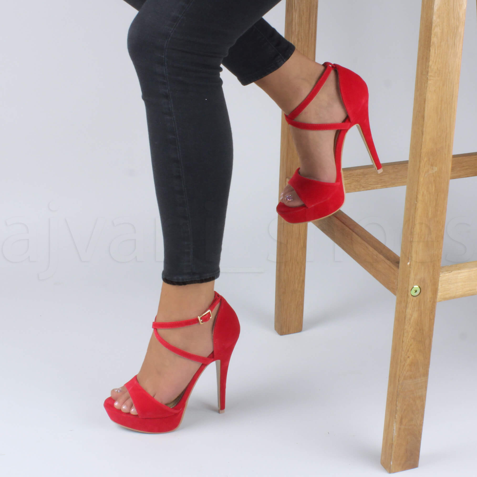 WOMENS-LADIES-PLATFORM-HIGH-HEEL-PEEP-TOE-CROSS-OVER-STRAPPY-SANDALS-SHOES-SIZE thumbnail 104