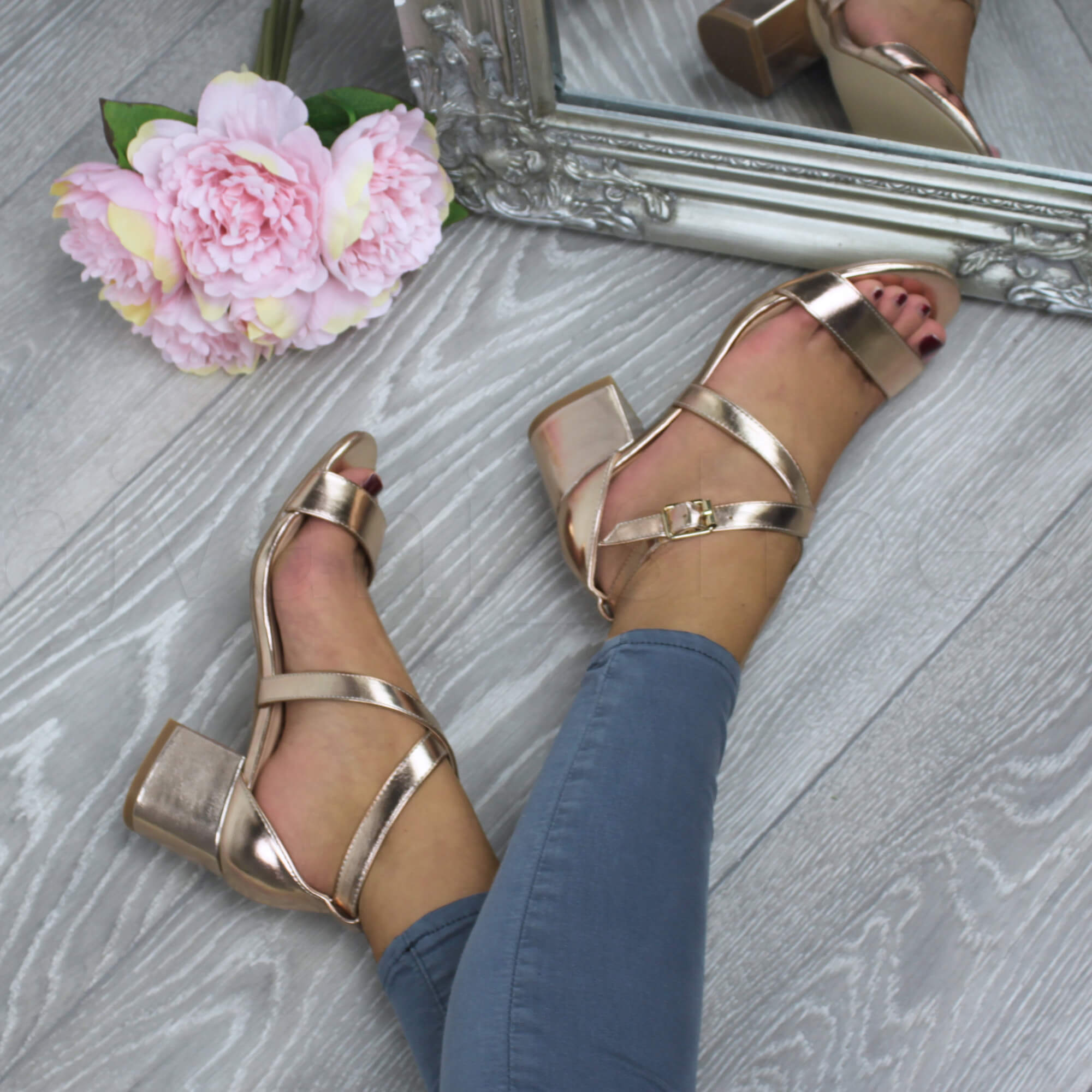 WOMENS-LADIES-MID-LOW-BLOCK-HEEL-CROSS-STRAPS-PARTY-STRAPPY-SANDALS-SHOES-SIZE thumbnail 73