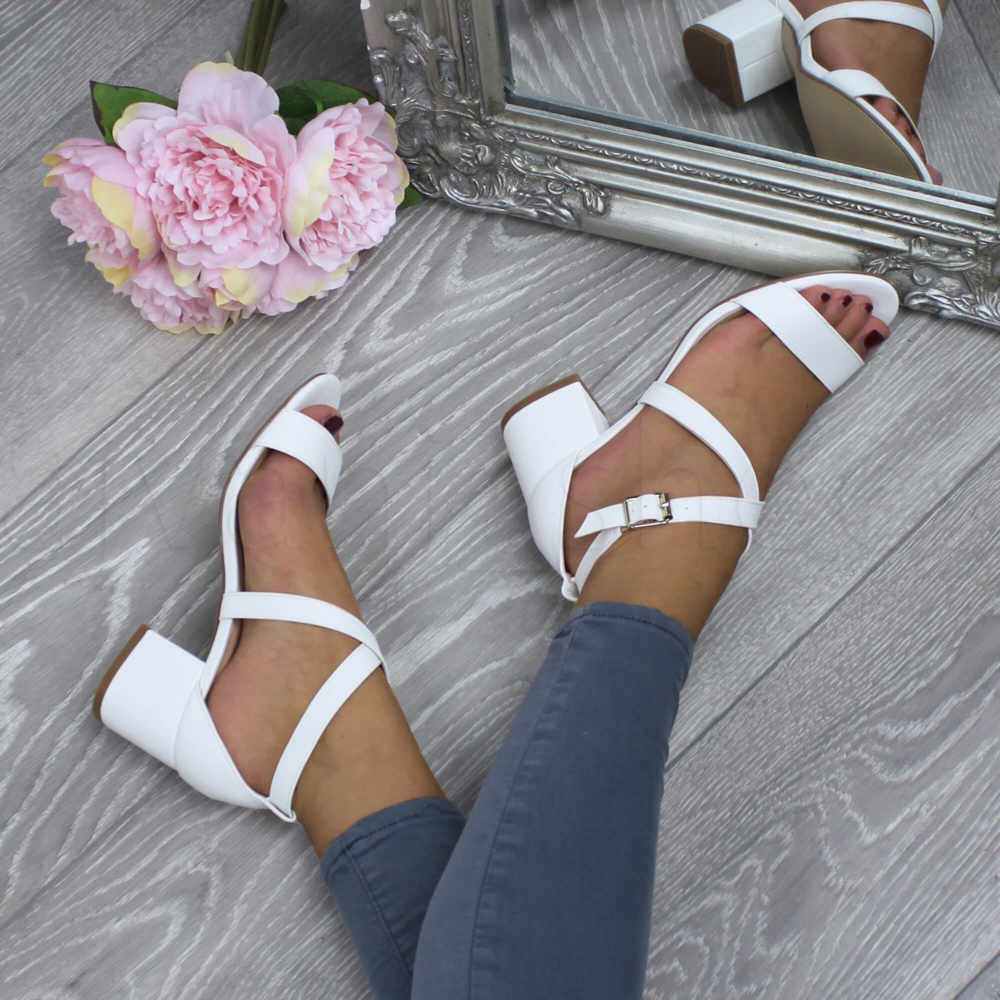 WOMENS-LADIES-MID-LOW-BLOCK-HEEL-CROSS-STRAPS-PARTY-STRAPPY-SANDALS-SHOES-SIZE thumbnail 101