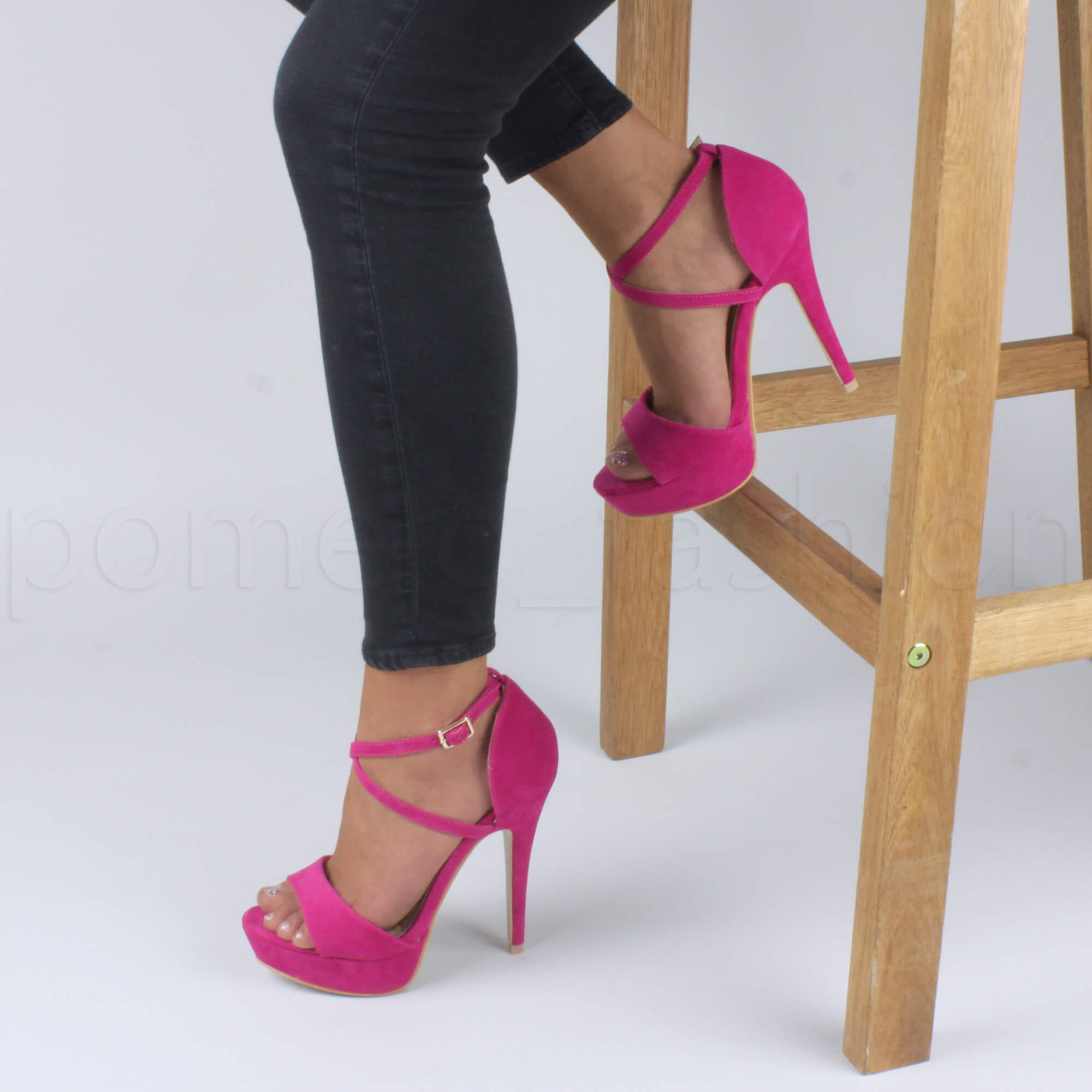 Womens ladies platform high heel peeptoe cross over strappy sandals shoes