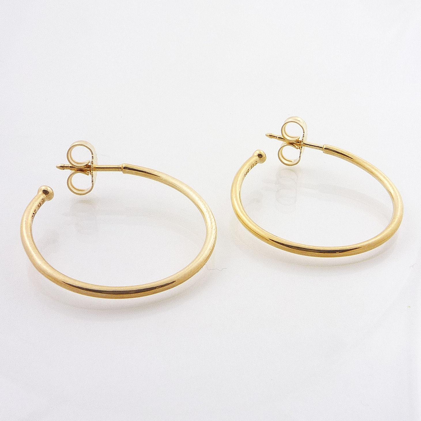 Pandora Hoop Earrings: Authentic Pandora 14K Gold Medium Smooth Hoop Earrings