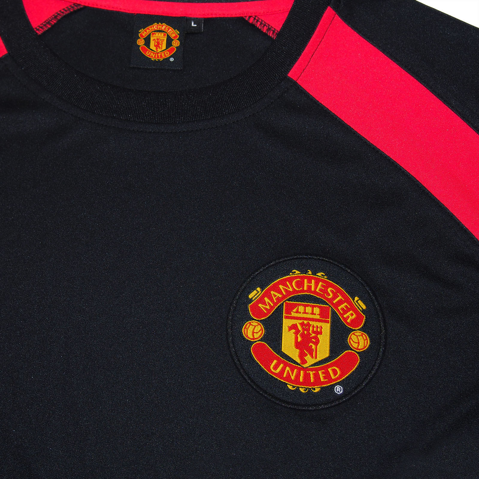 67a2b51ce Manchester United FC Official Boys Poly Training Kit T-shirt Black 8-9 Yrs  MB. About this product. Picture 1 of 3  Picture 2 of 3  Picture 3 of 3