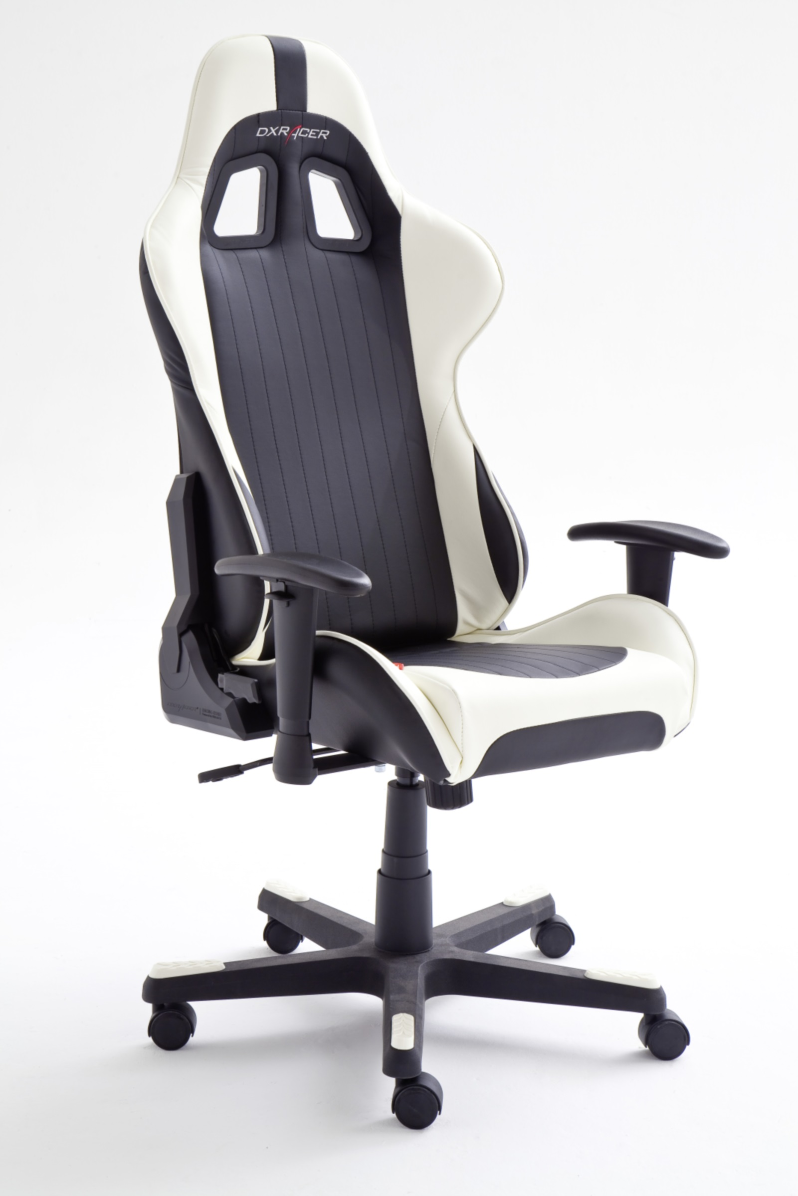 dxracer 6 gamer chair drehstuhl b rostuhl computerstuhl schwarz wei ebay. Black Bedroom Furniture Sets. Home Design Ideas