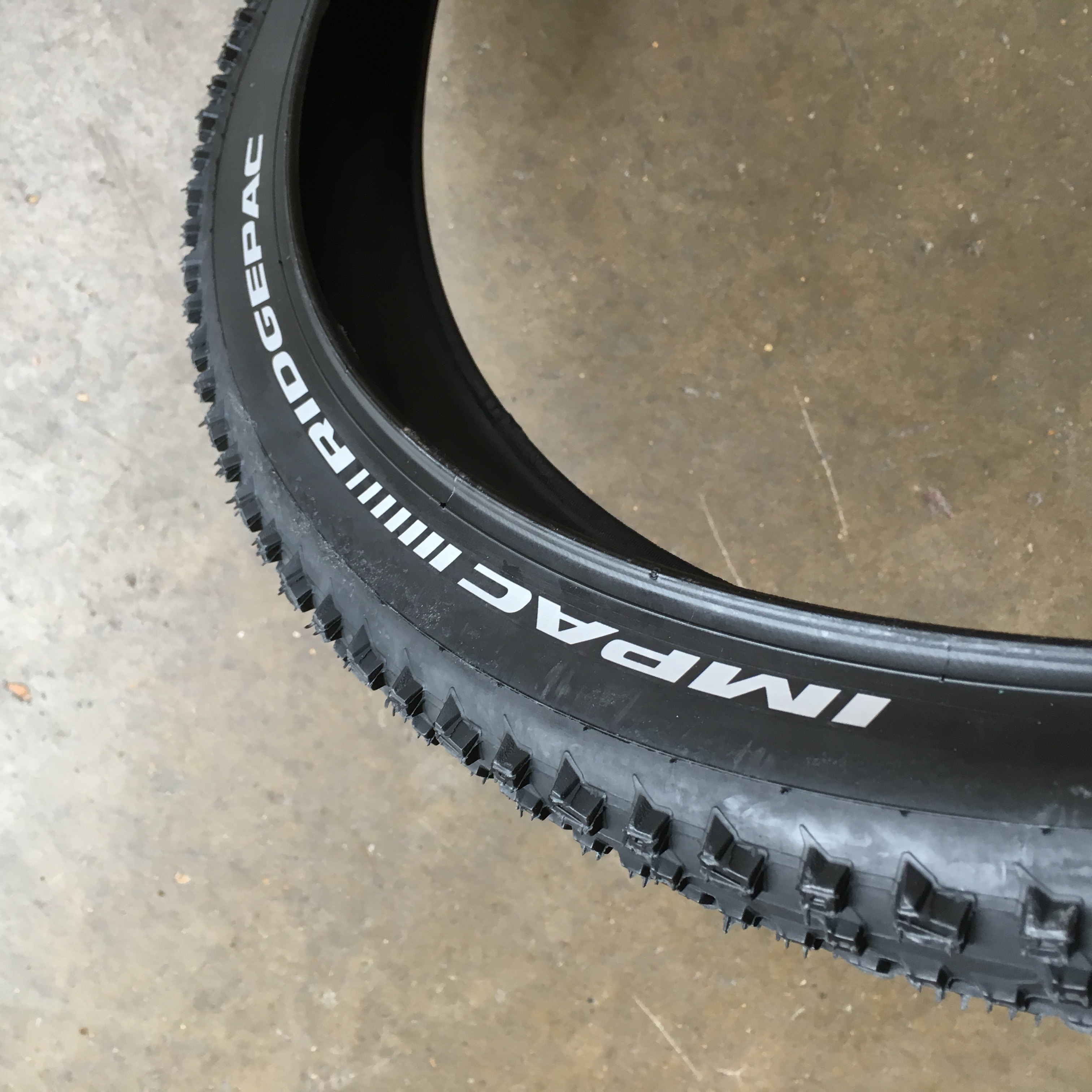 Bike-Tyre-26-X-2-1-Impac-Ridgepac-Knobbly-Mountain-Bike-Cycle-Tire thumbnail 4