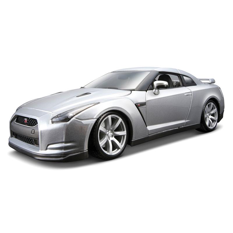 1:18 2009 Nissan Gt-R