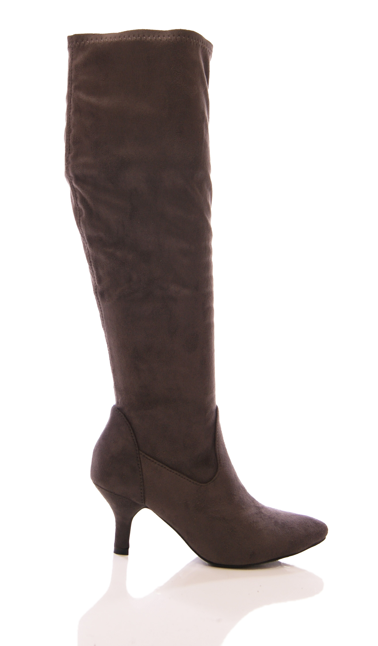 Find a great selection of narrow-calf boots for women at roeprocjfc.ga Shop narrow calf boots by Steve Madden, Cole Haan, Naturalizer and more. Always free shipping & returns.
