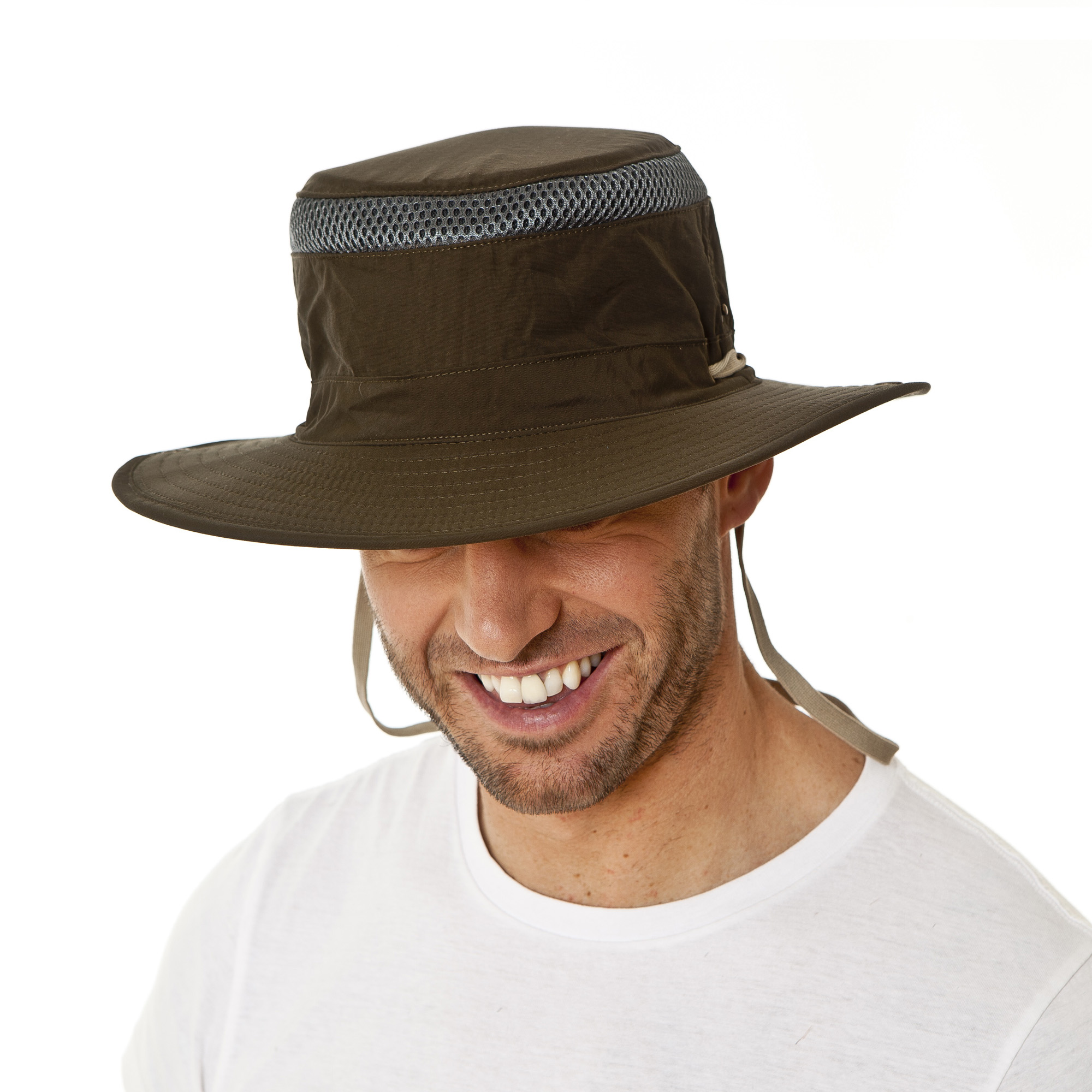 Details about i-Smalls Men s Summer Vented Wide Brim Bush Hat with Chin  Strap 2425f86f979
