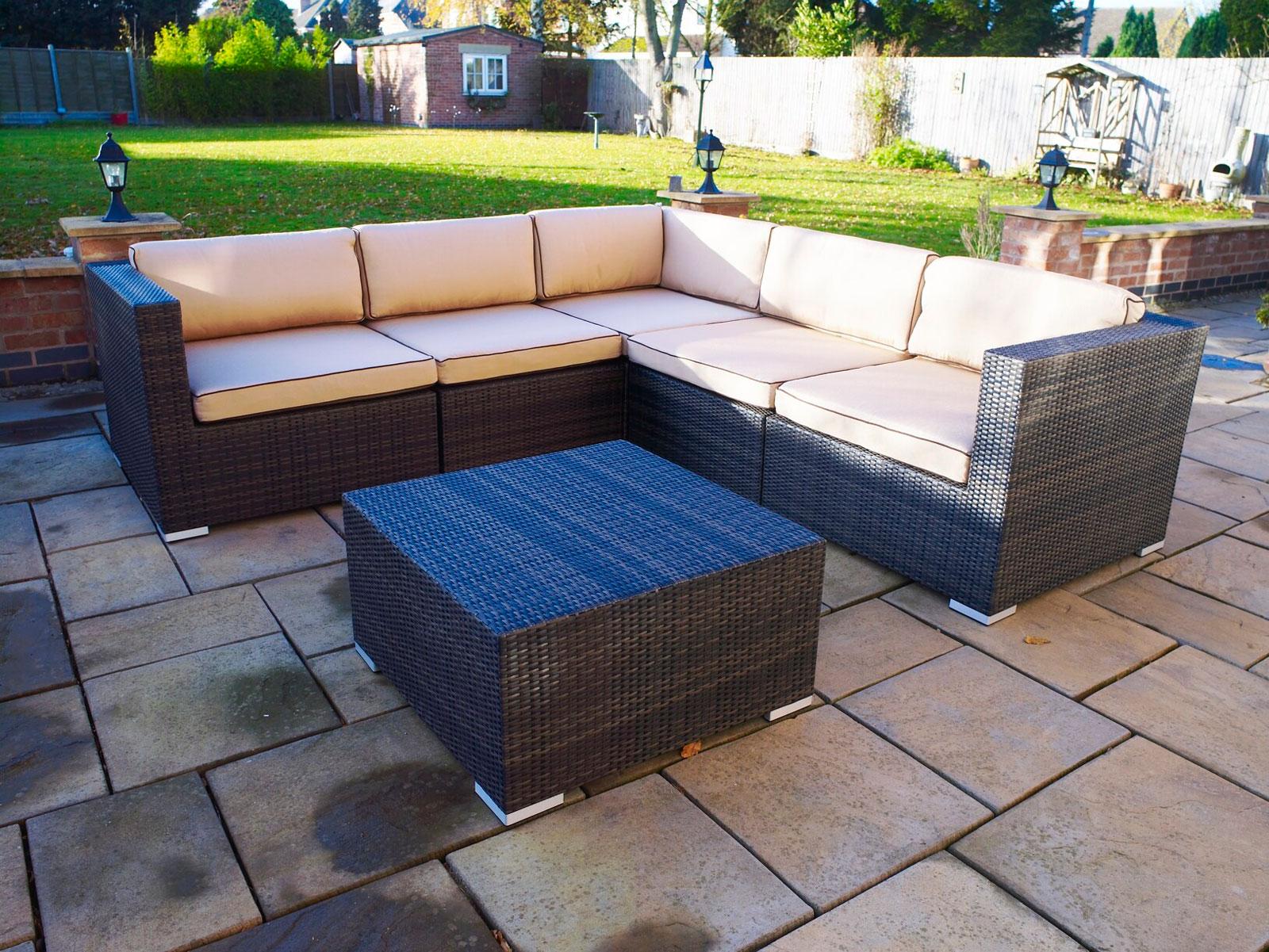 Melbourne Outdoor Rattan Garden Furniture: Corner Suite