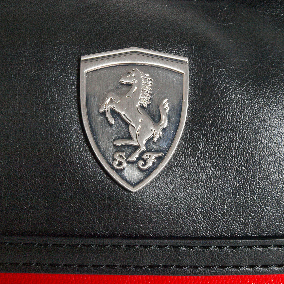 057f4c9f9f0a Купить Puma Ferrari LS Reporter Bag на eBay.co.uk из Великобритании ...