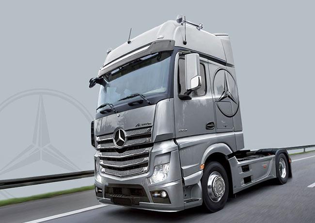 italeri 3905 mercedes actros mp4 gigaspace 1 24 truck. Black Bedroom Furniture Sets. Home Design Ideas