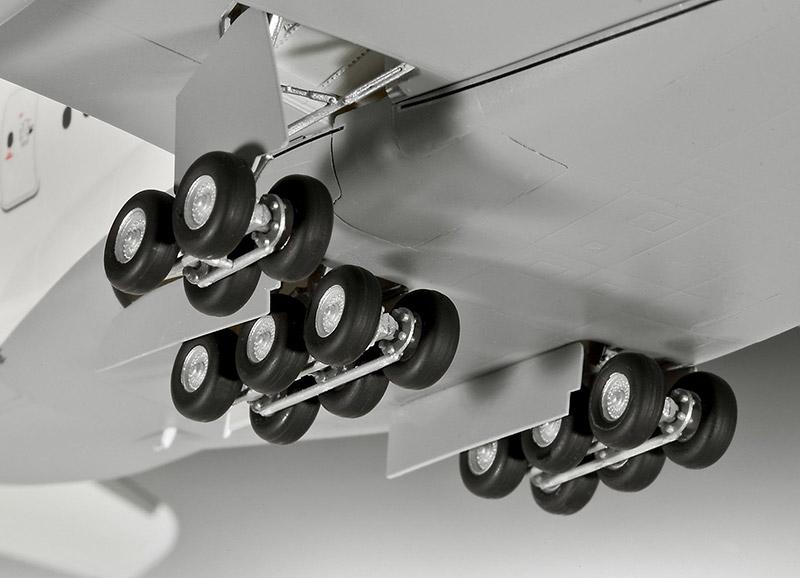 Revell-1-144-Civilian-Aircraft-Plastic-Model-Kit-Kit-Choice thumbnail 21