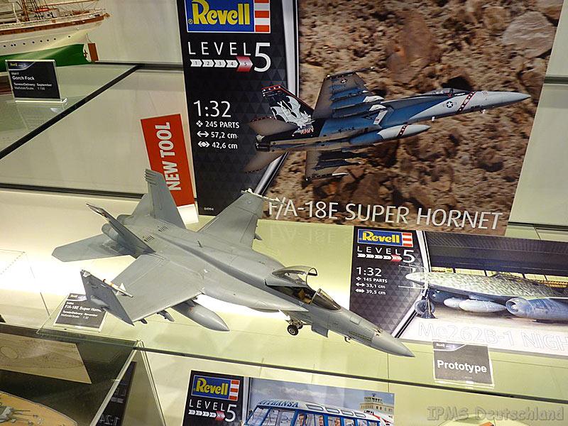 REVELL-Military-Aircraft-Plastic-Model-Kit-1-32-Scale-Kit-Choice thumbnail 49