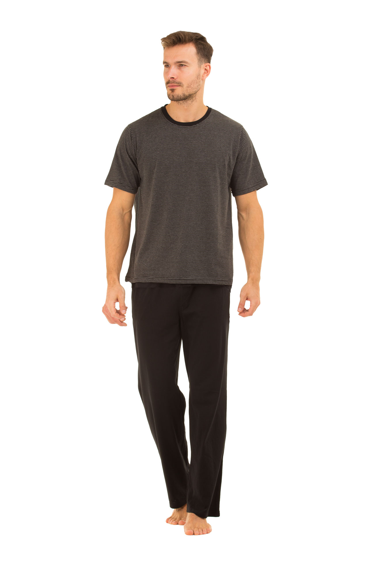Men's Loungewear Relax with CALVIN KLEIN men's loungewear, including crewneck sweatshirts, drawstring hoodies, stretch shorts, sleepwear pants. and more. Crafted from plush blends, and detailed with signature logo designs.