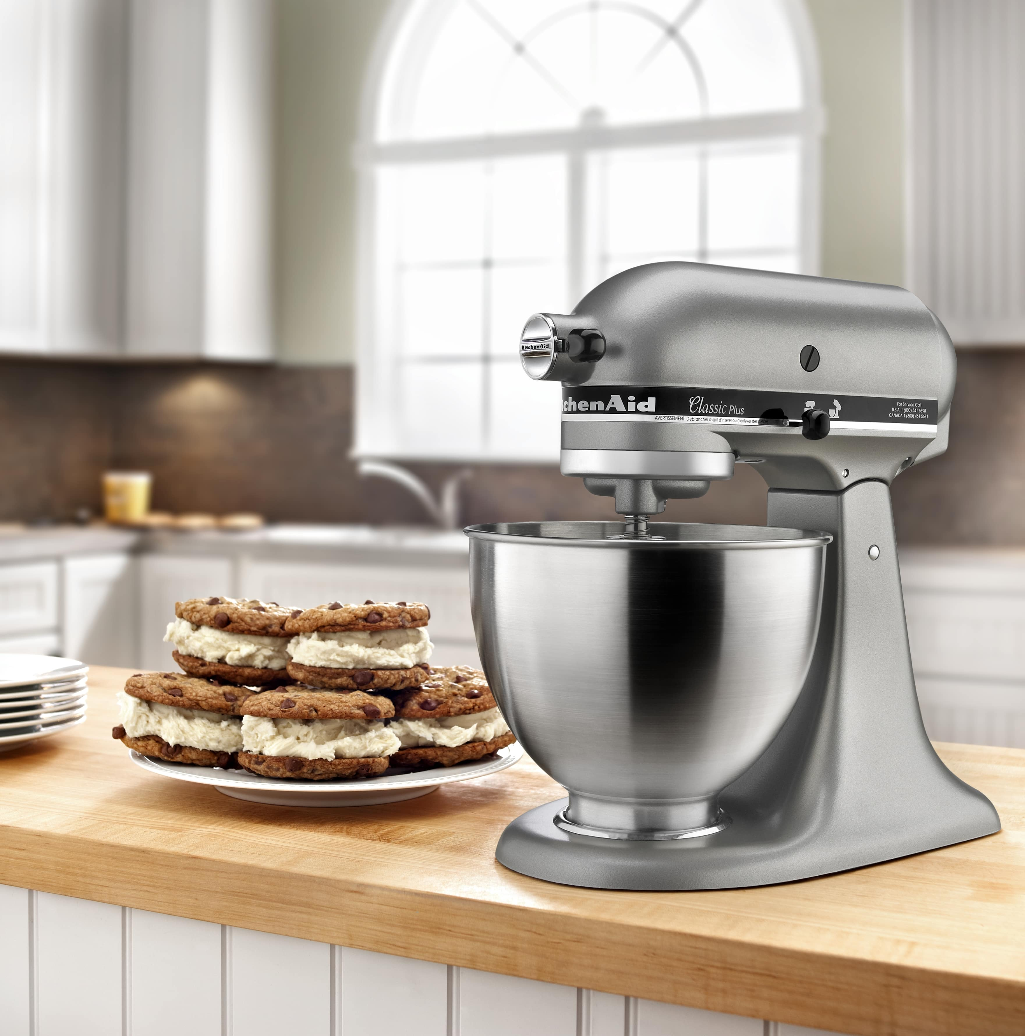 NEW-KitchenAid-Classic-Plus-Series-4-5-Quart-Tilt-Head-Stand-Mixer-KSM75 thumbnail 9