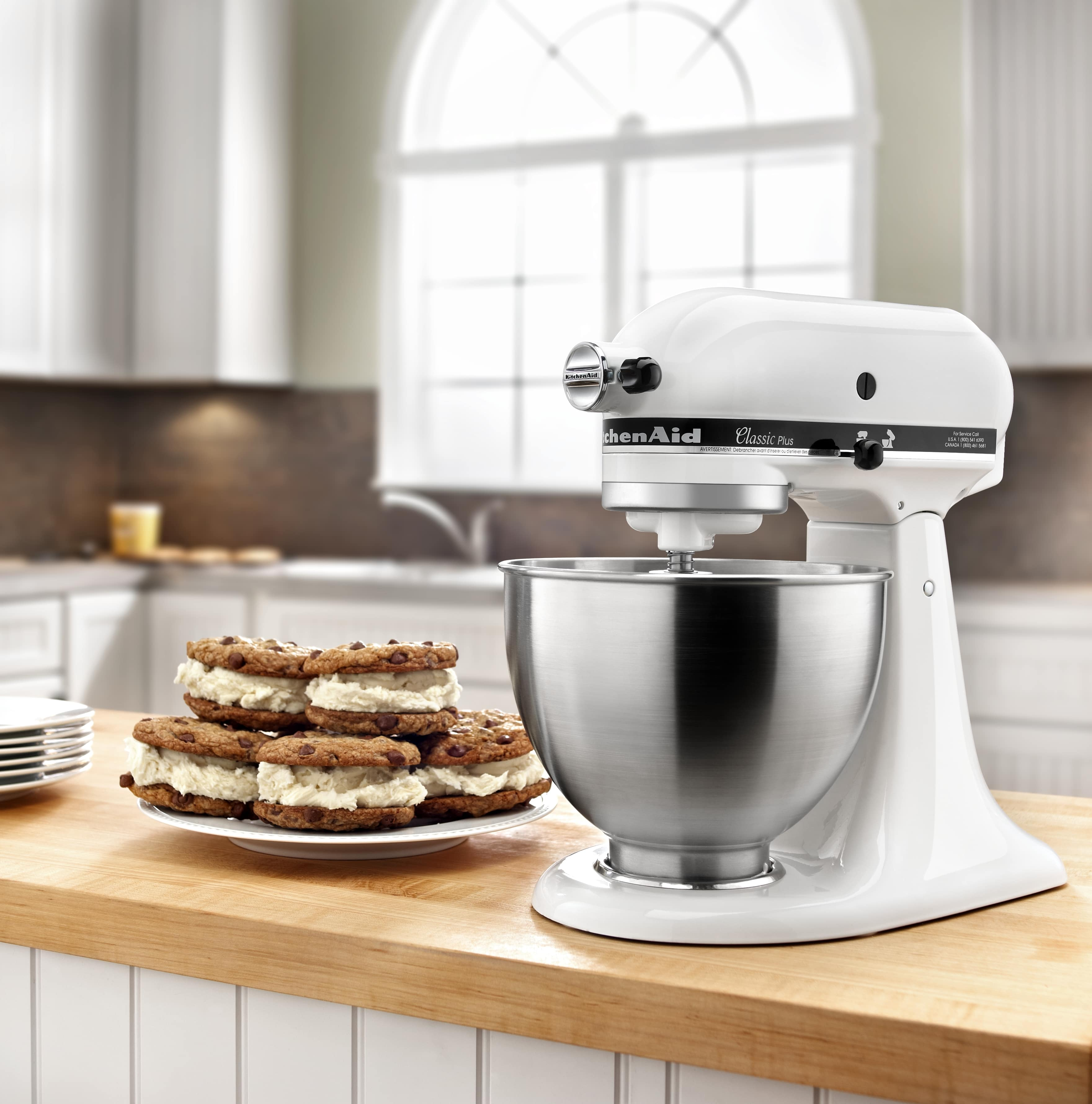 NEW-KitchenAid-Classic-Plus-Series-4-5-Quart-Tilt-Head-Stand-Mixer-KSM75 thumbnail 14