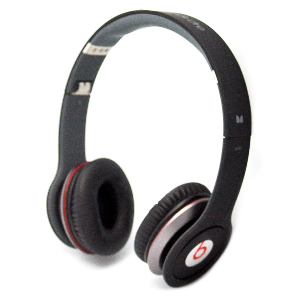 beats by dr dre solo wired headband on ear headphones 1st generation ebay. Black Bedroom Furniture Sets. Home Design Ideas