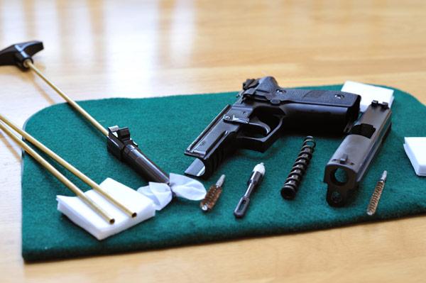 cleaning-pistol.jpg (600×399)